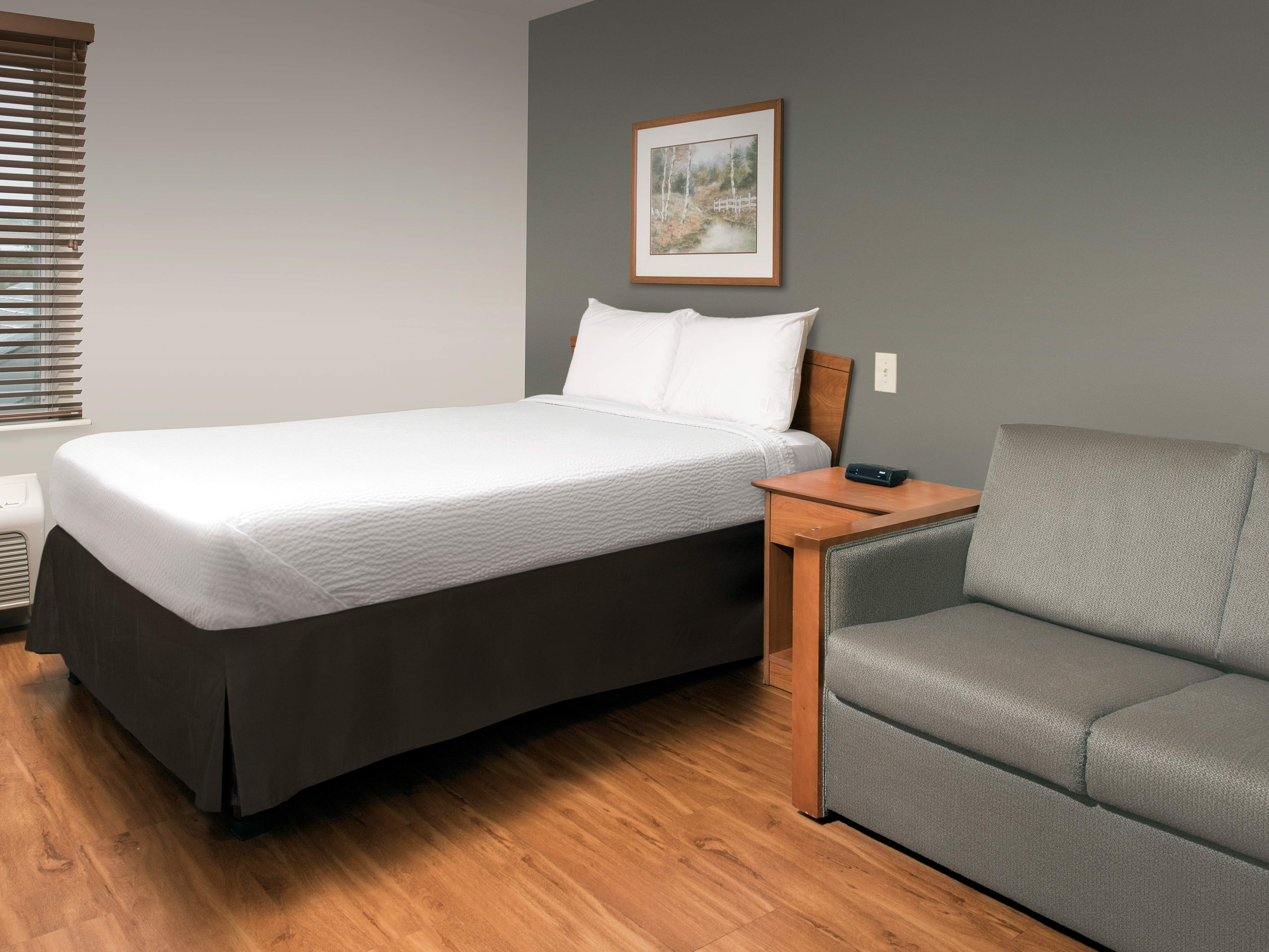 WoodSpring Suites Harlingen image 4