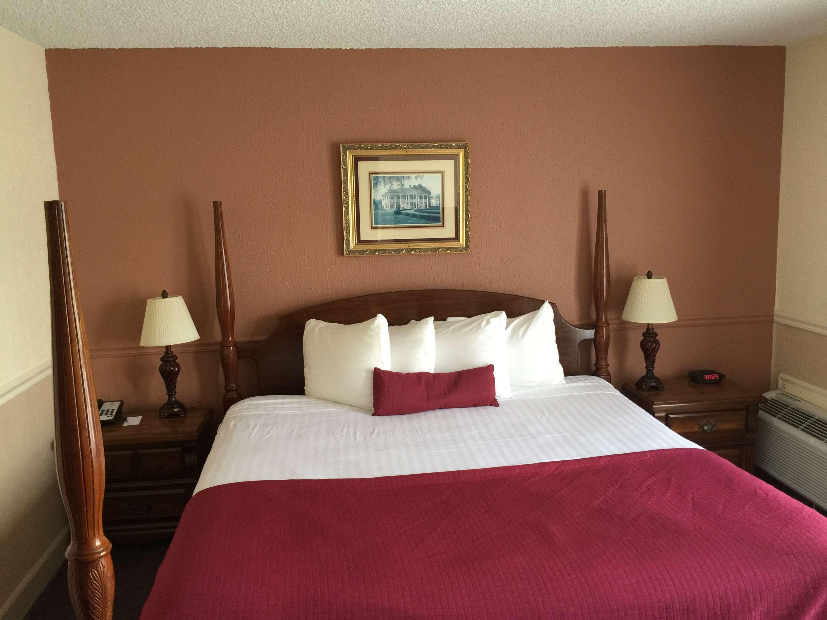SureStay Plus Hotel by Best Western Baton Rouge image 19