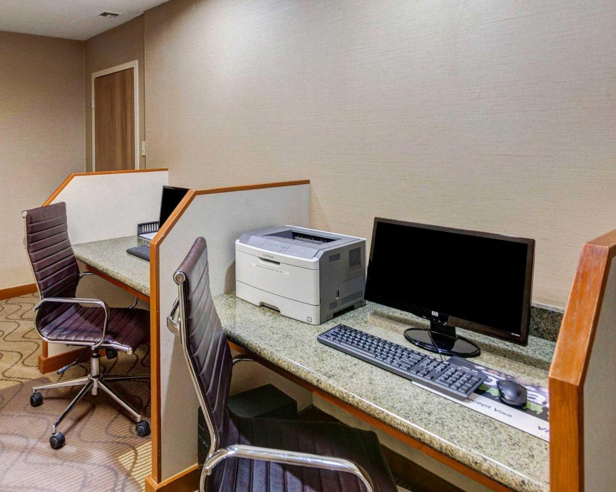 Comfort Inn & Suites Plano East image 58