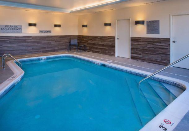 Fairfield Inn & Suites by Marriott Akron Stow image 15