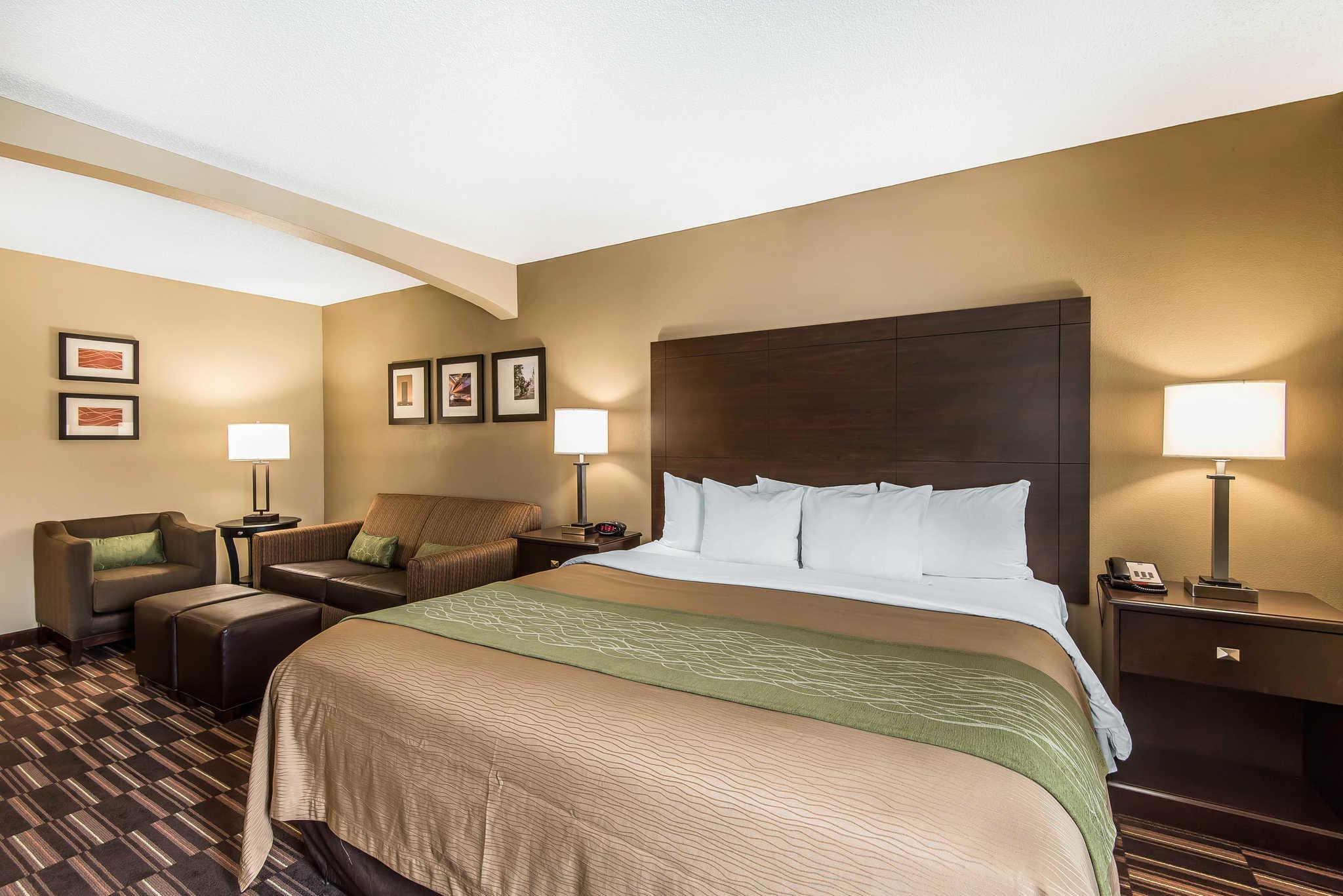 Comfort Inn & Suites Kansas City - Northeast image 20