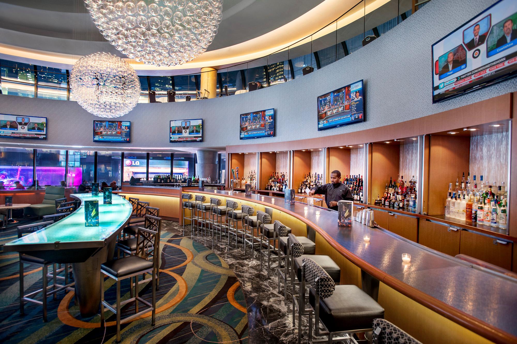 Broadway Lounge & Terrace image 6