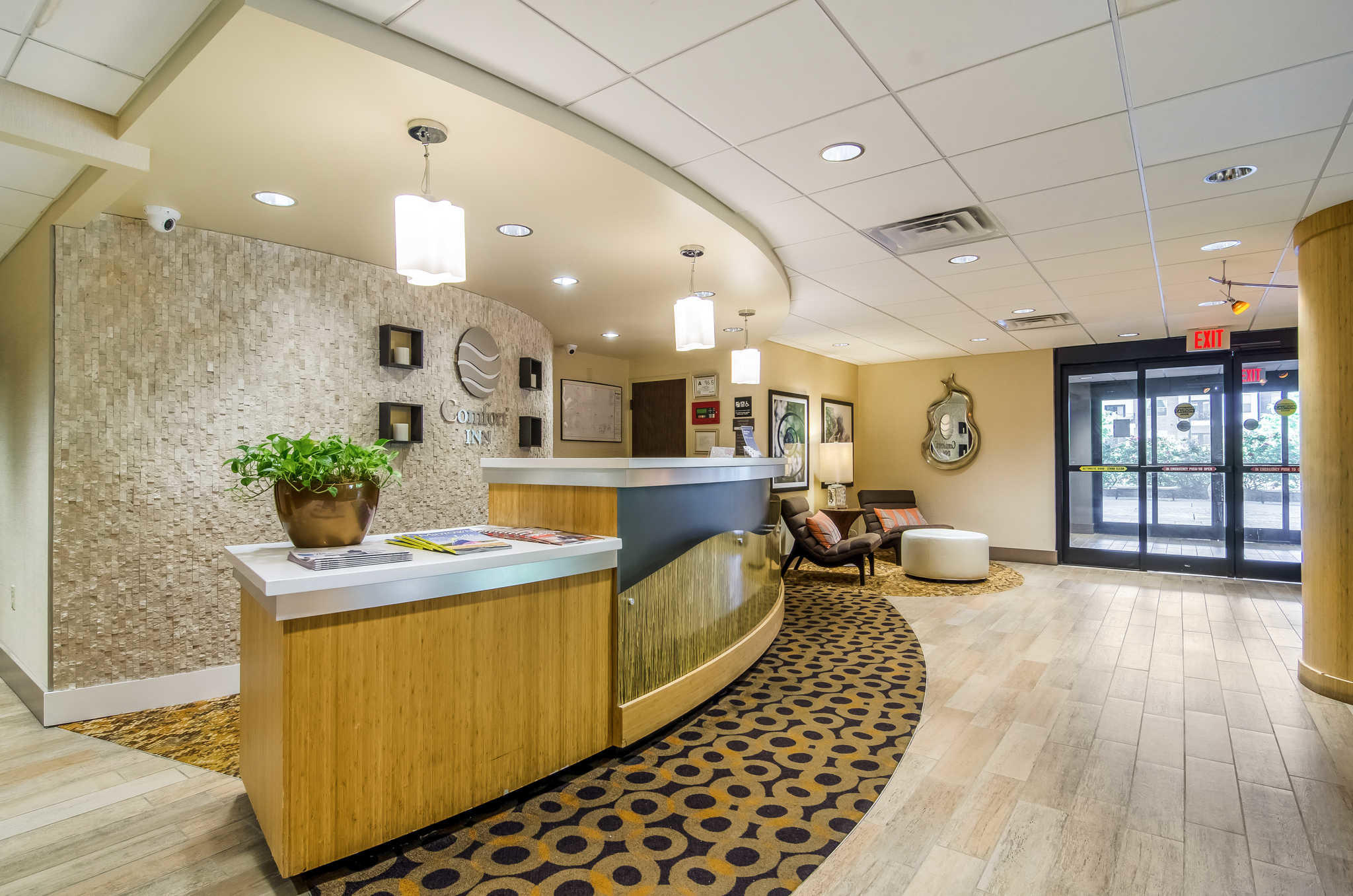 Comfort Inn Raleigh Midtown image 3