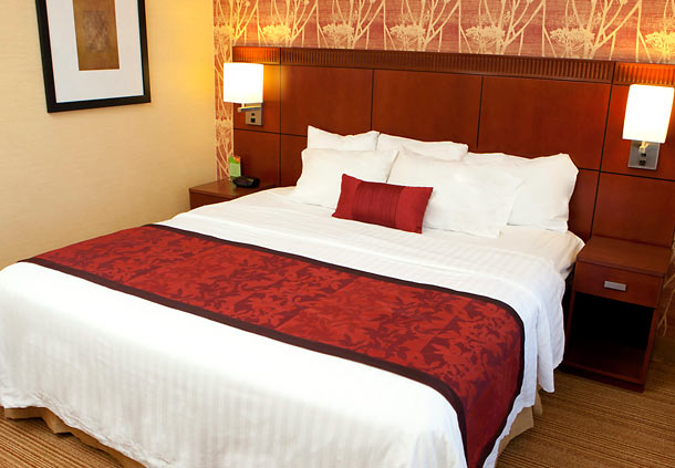 Courtyard by Marriott Champaign image 5
