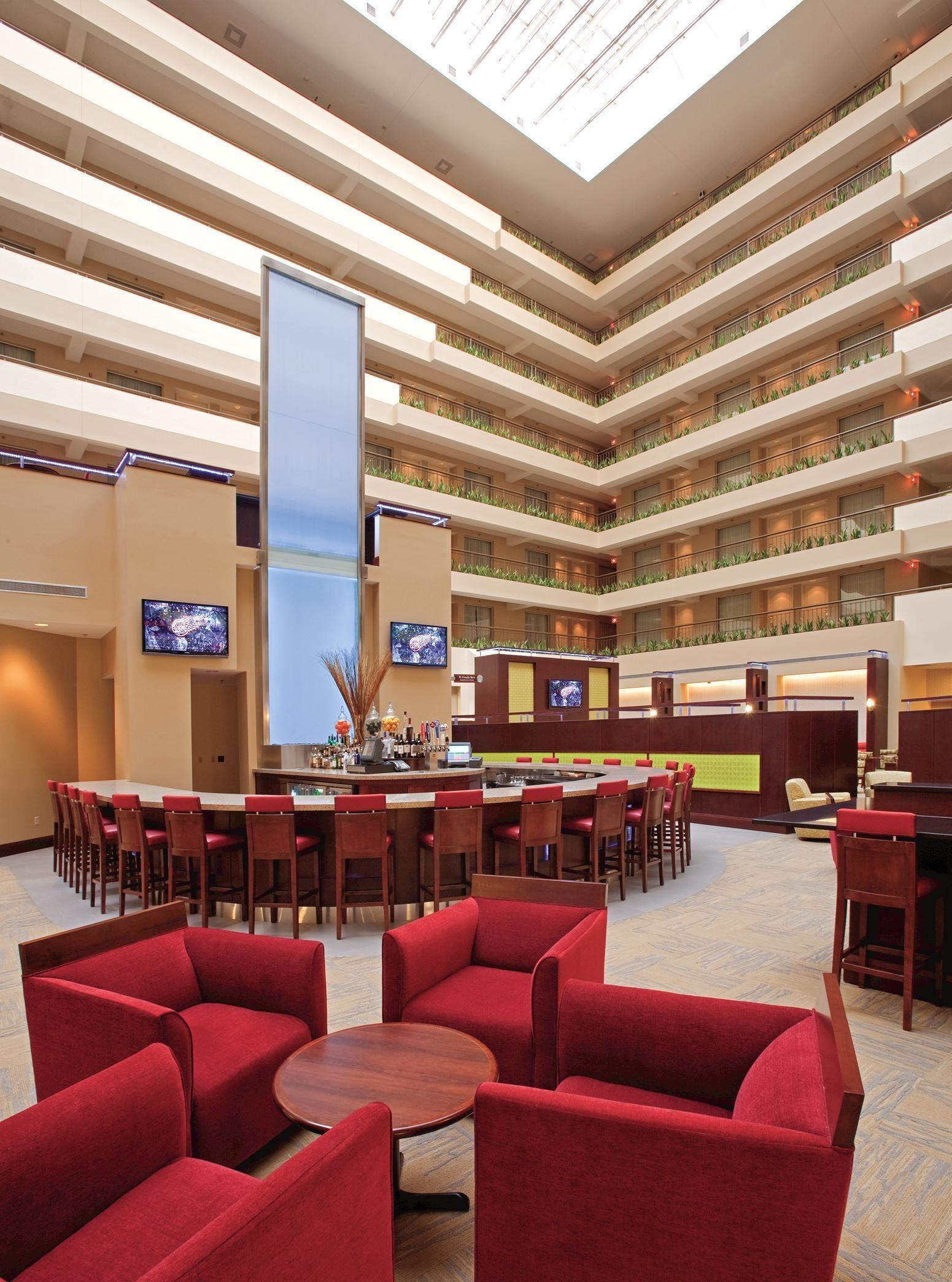Embassy Suites by Hilton Detroit Troy Auburn Hills image 5