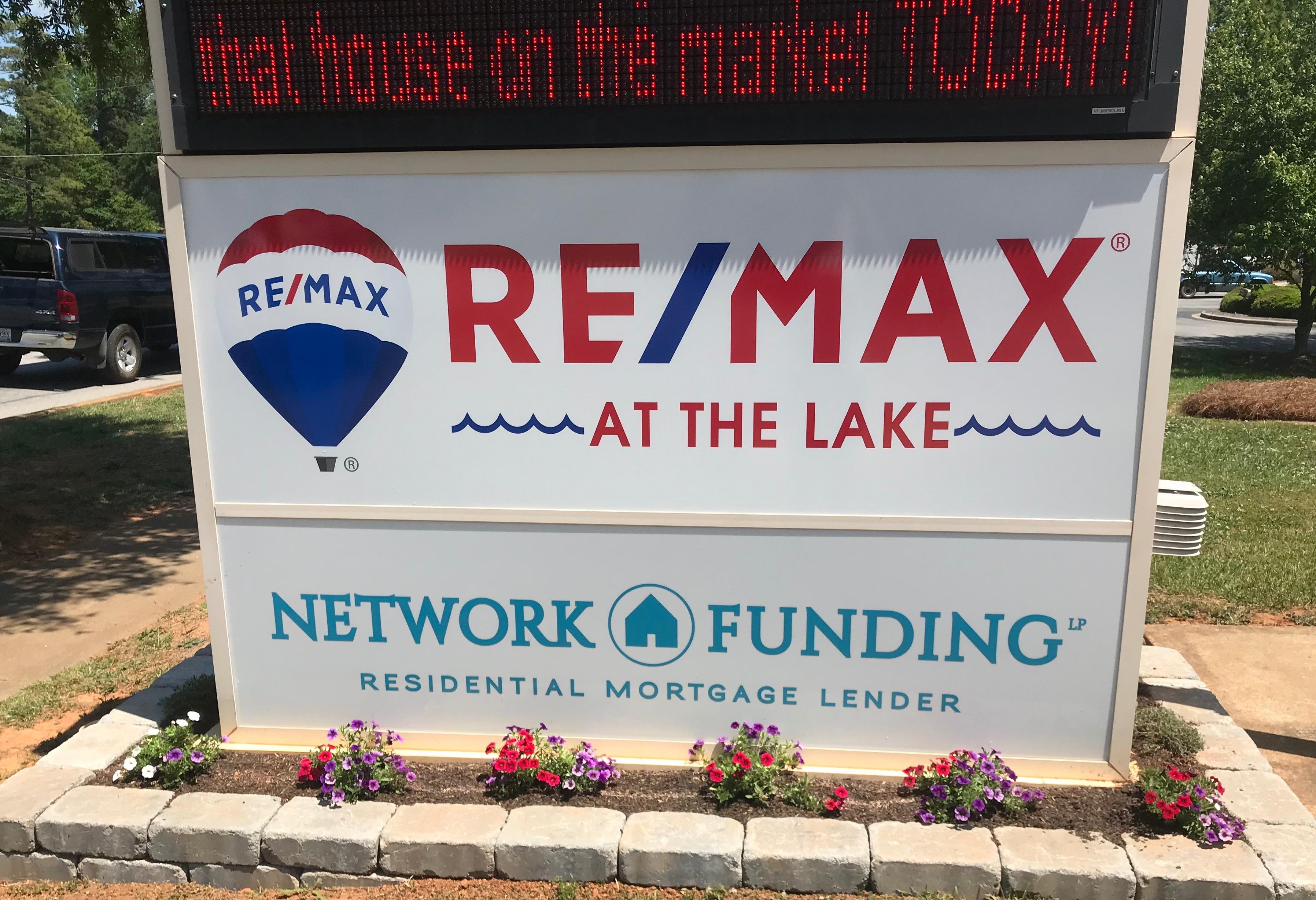 RE/MAX AT THE LAKE image 1