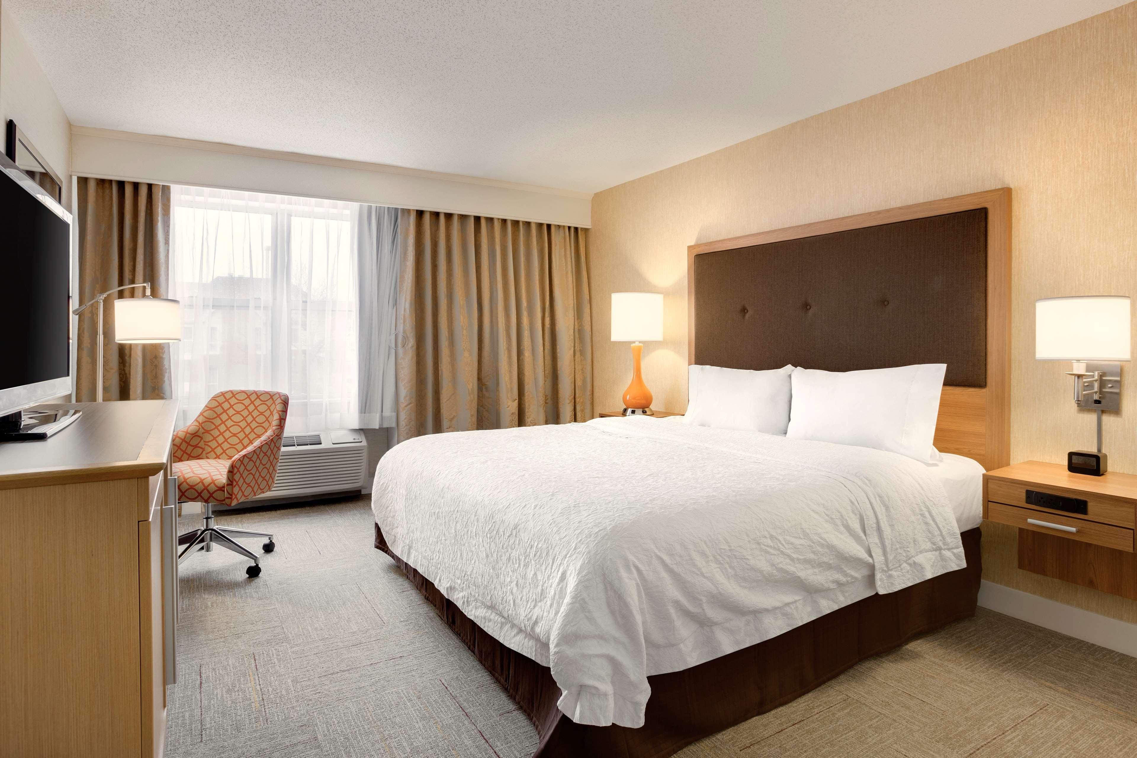 Hampton Inn & Suites Cleveland/Independence image 17