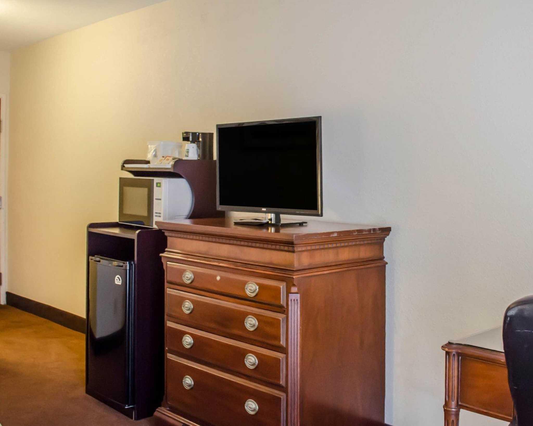 Quality Inn & Suites Pensacola Bayview in Pensacola, FL, photo #30