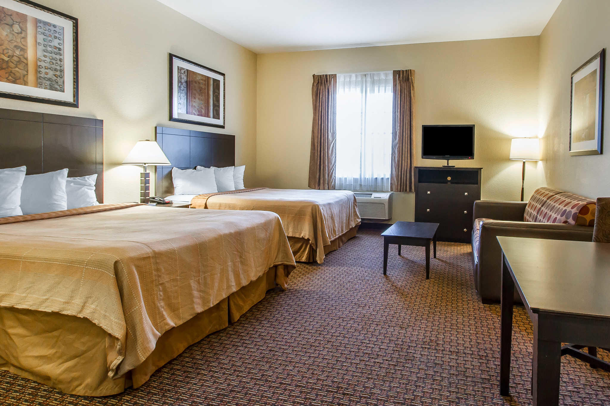 MainStay Suites Fort Campbell image 27