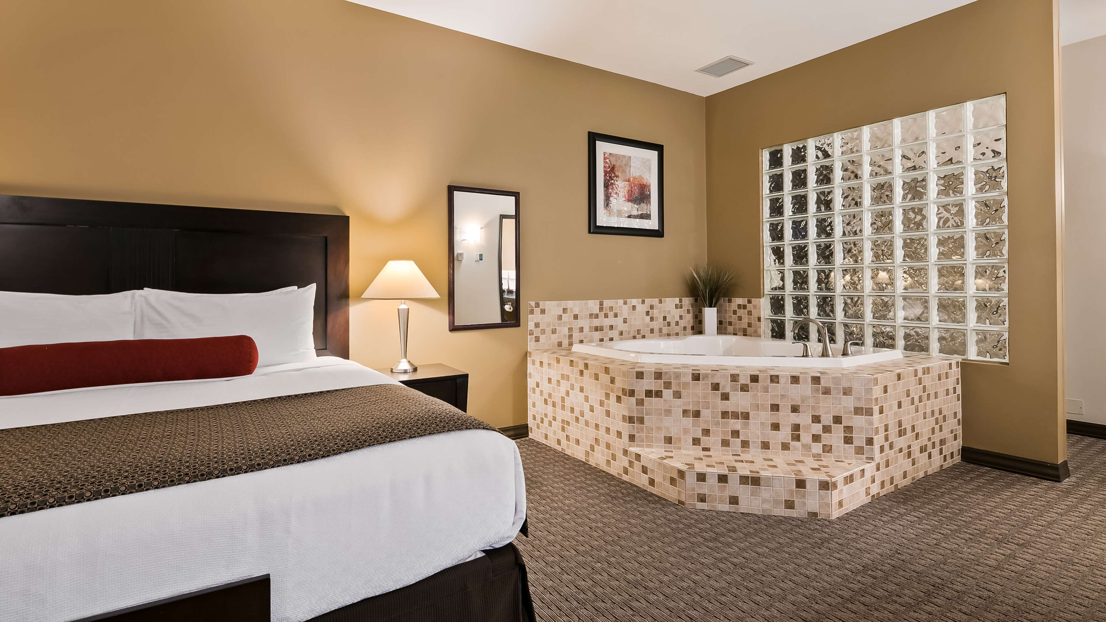 Best Western Plus Baker Street Inn & Convention Centre in Nelson: Guest Room