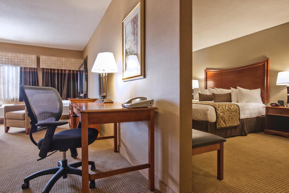 Best Western Plus North Haven Hotel image 25