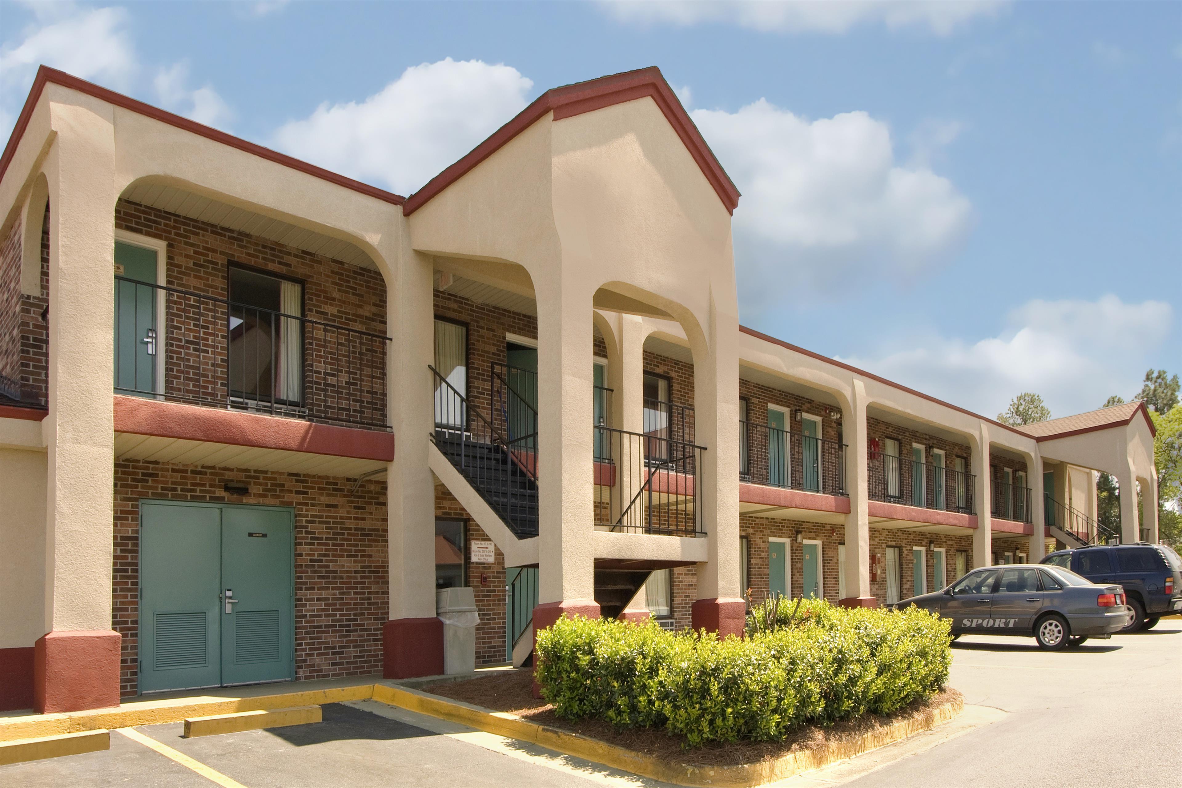 Americas Best Value Inn Augusta/Fort Gordon image 1