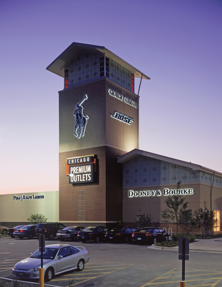 Chicago Premium Outlets image 12