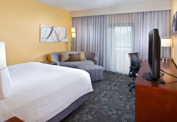 Courtyard by Marriott Miami Airport West/Doral image 4