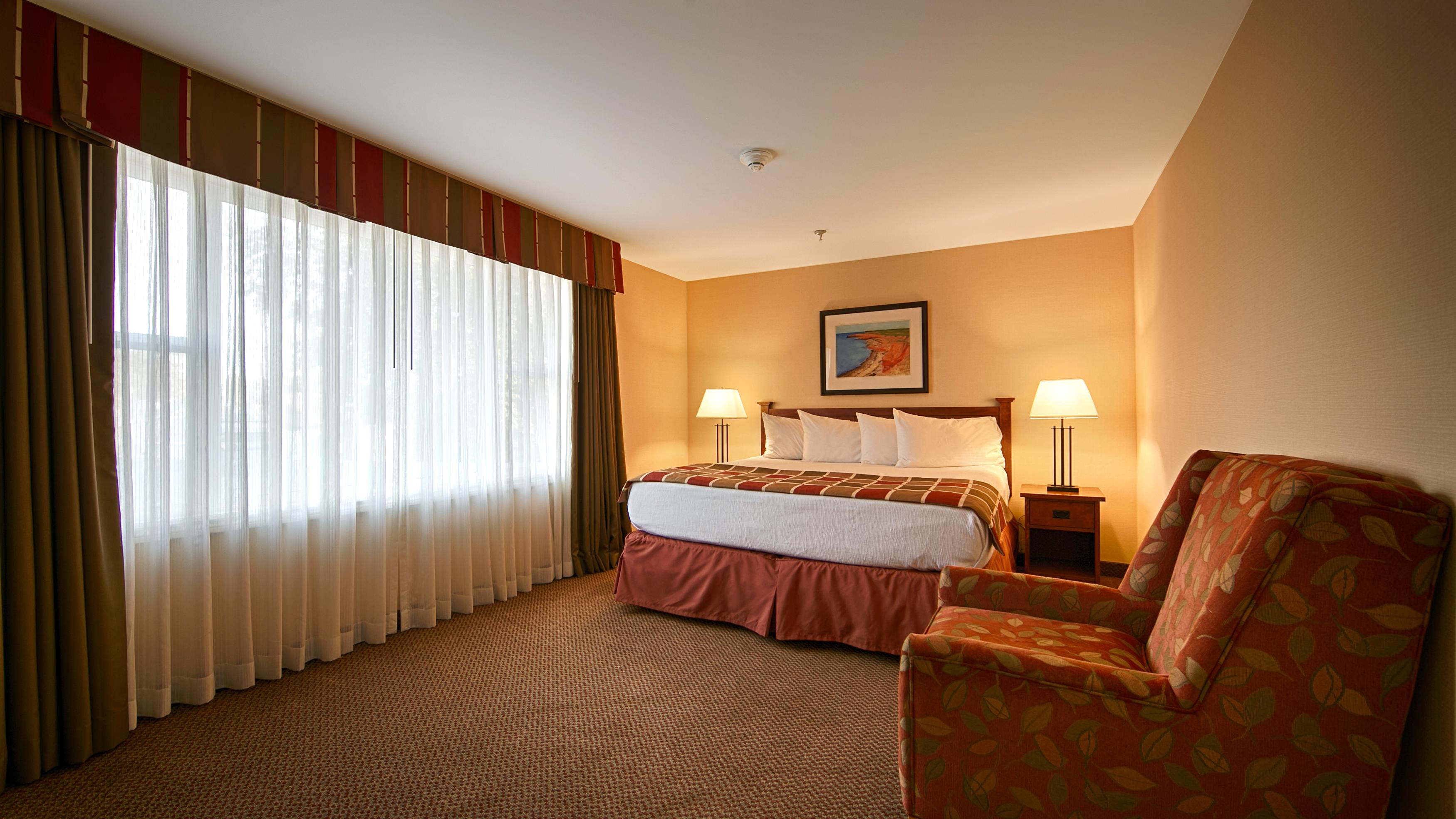 Best Western Charlottetown in Charlottetown: King Bed Guest Room