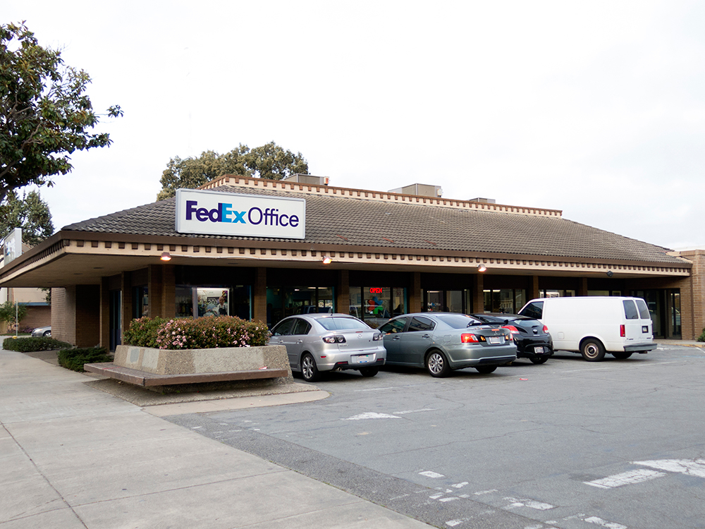 FedEx Office Print & Ship Center image 0