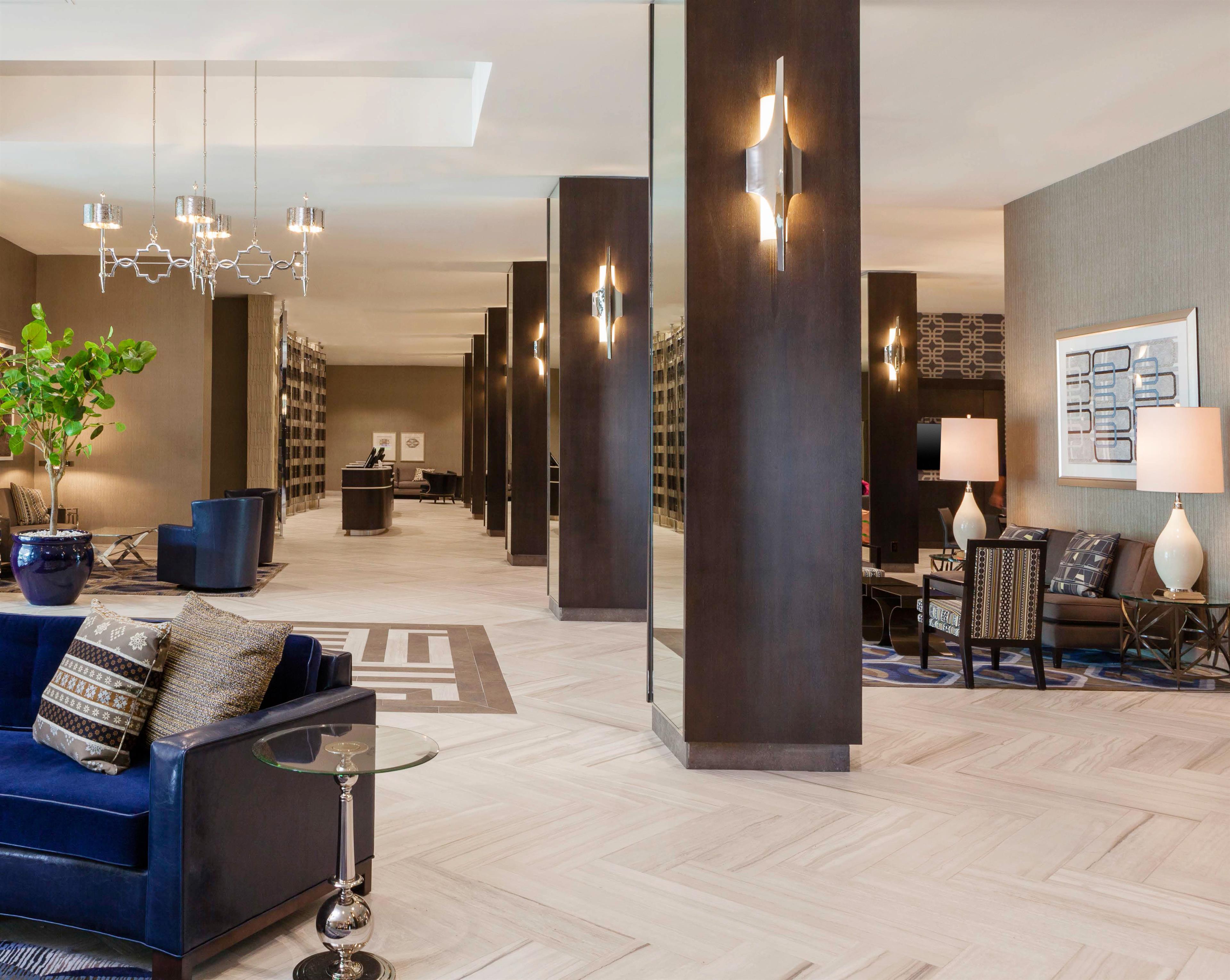 Sheraton Charlotte Hotel