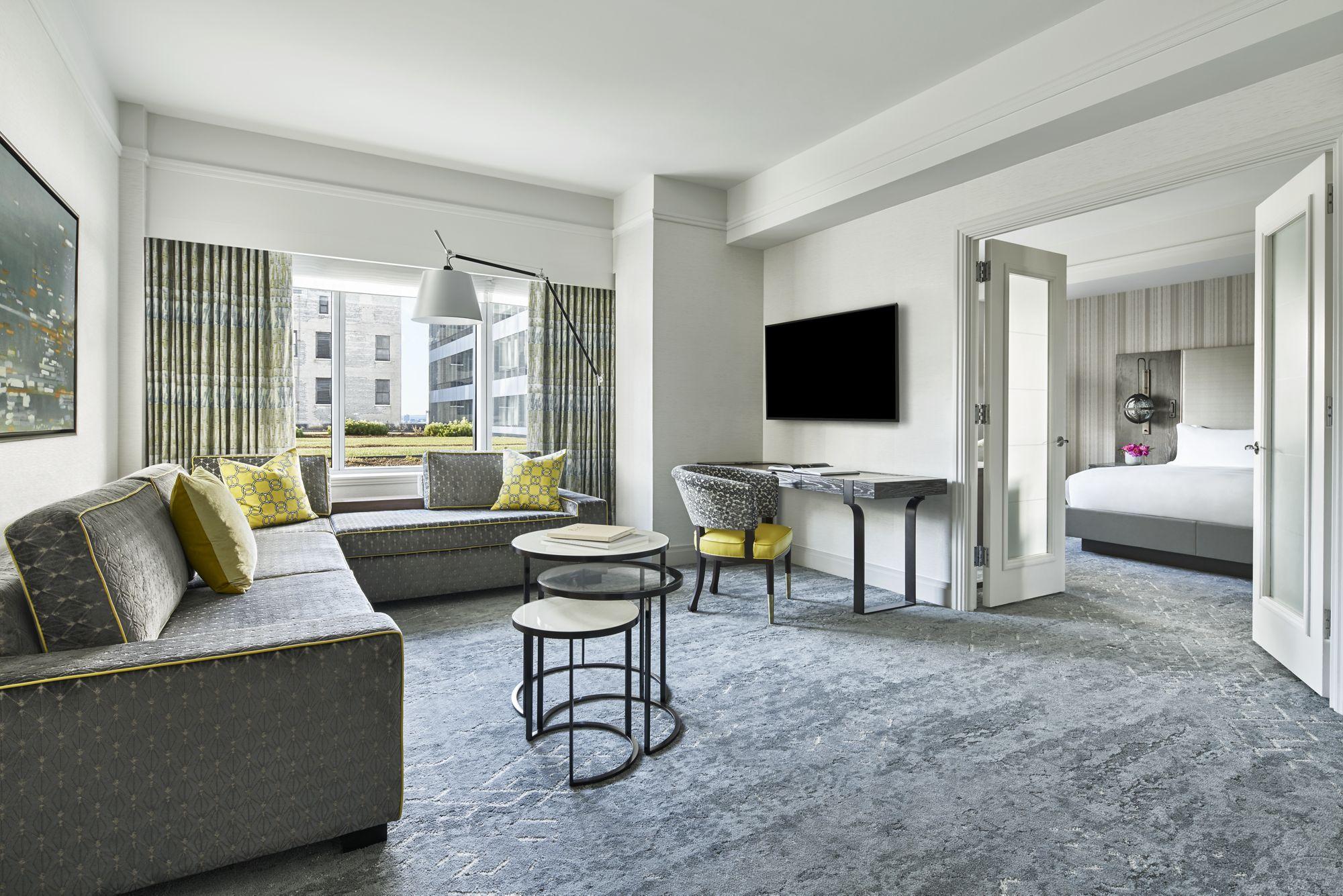 The Ritz-Carlton, Boston image 1
