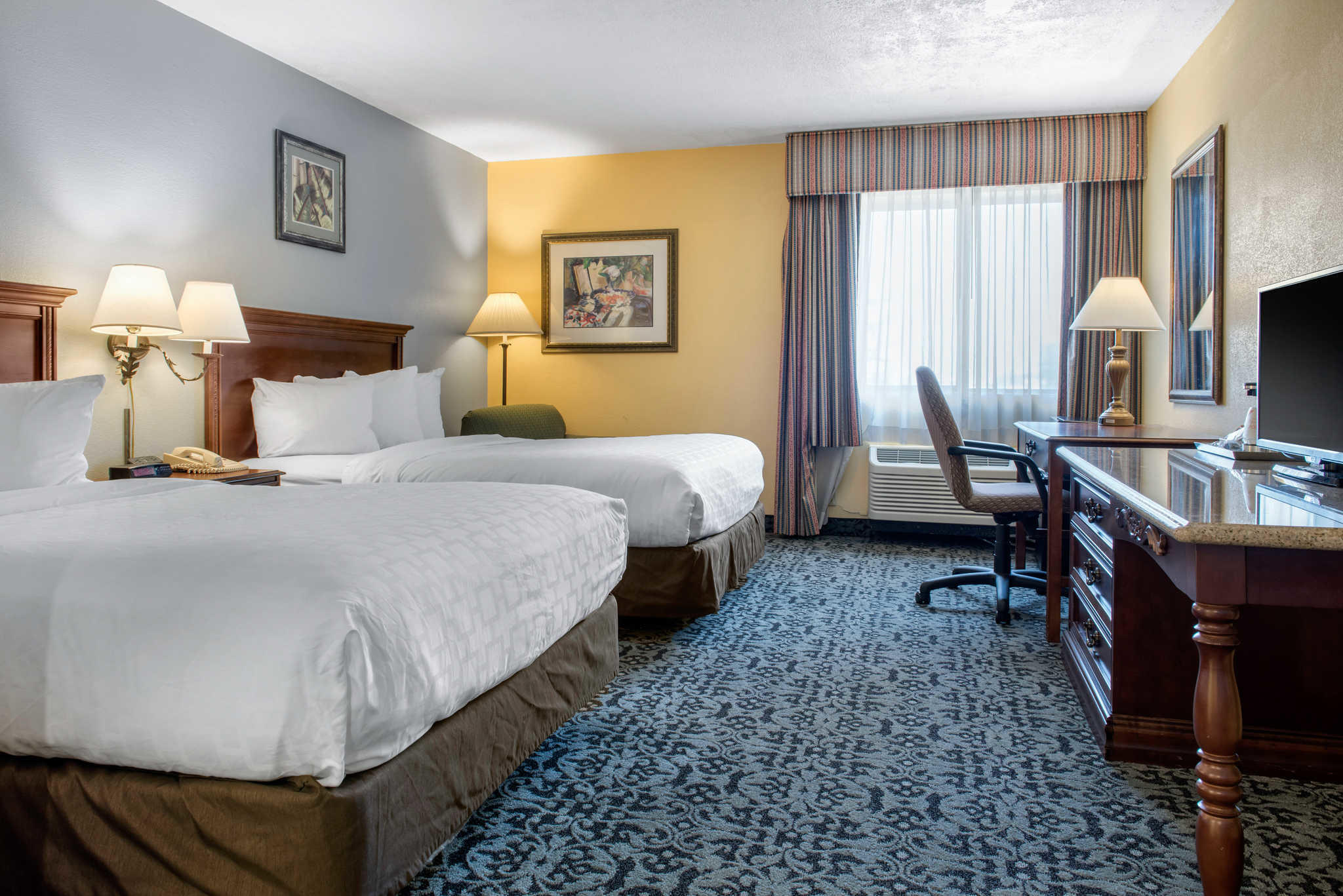 Quality Inn Airport image 10