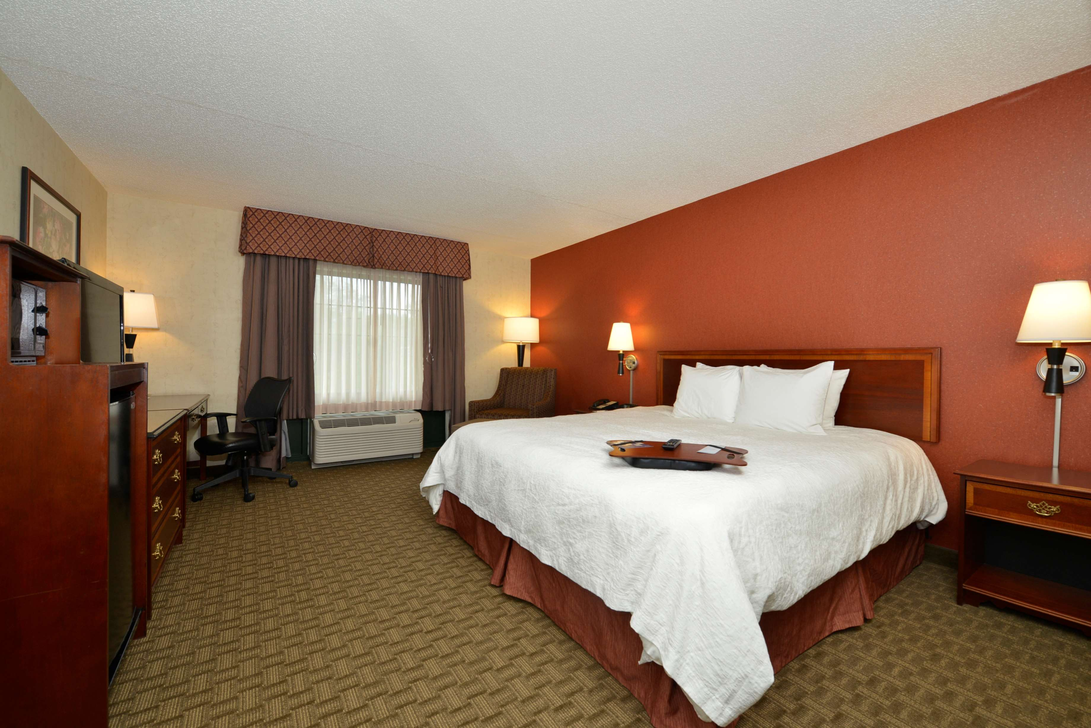 Hampton Inn East Aurora image 42