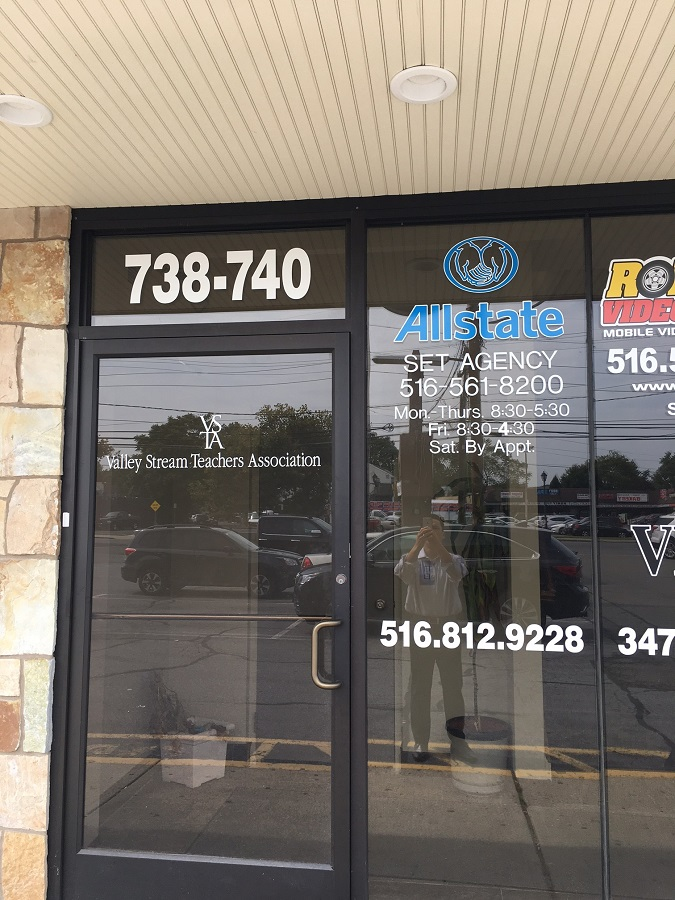 Darren Set: Allstate Insurance image 3