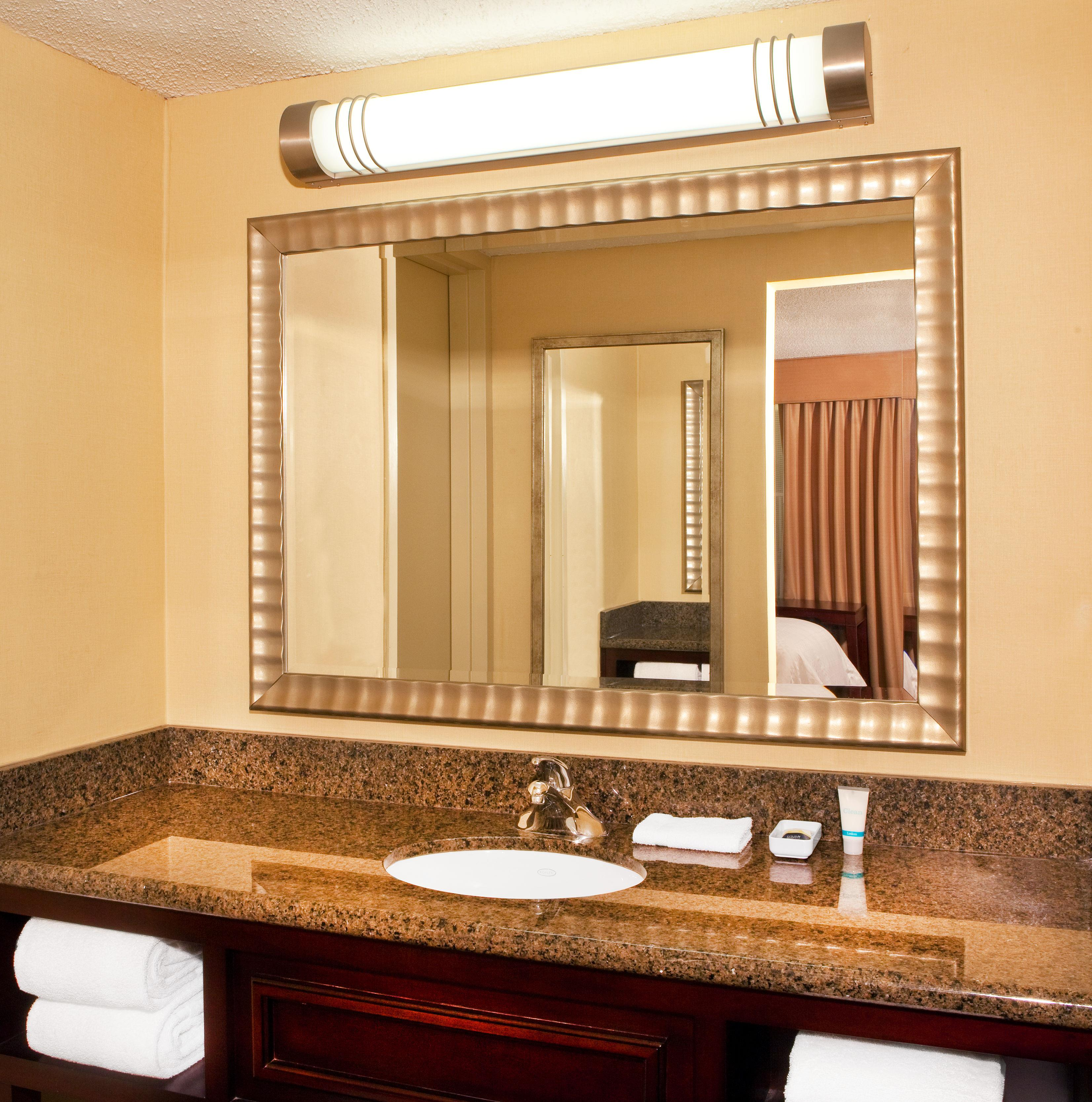 Four Points by Sheraton West Lafayette image 7