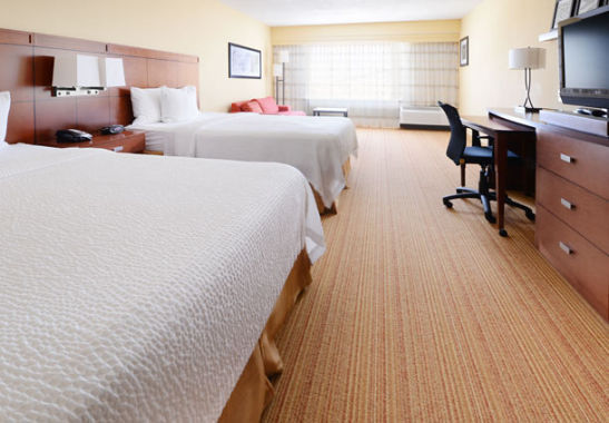 Courtyard by Marriott Houston Pearland image 1