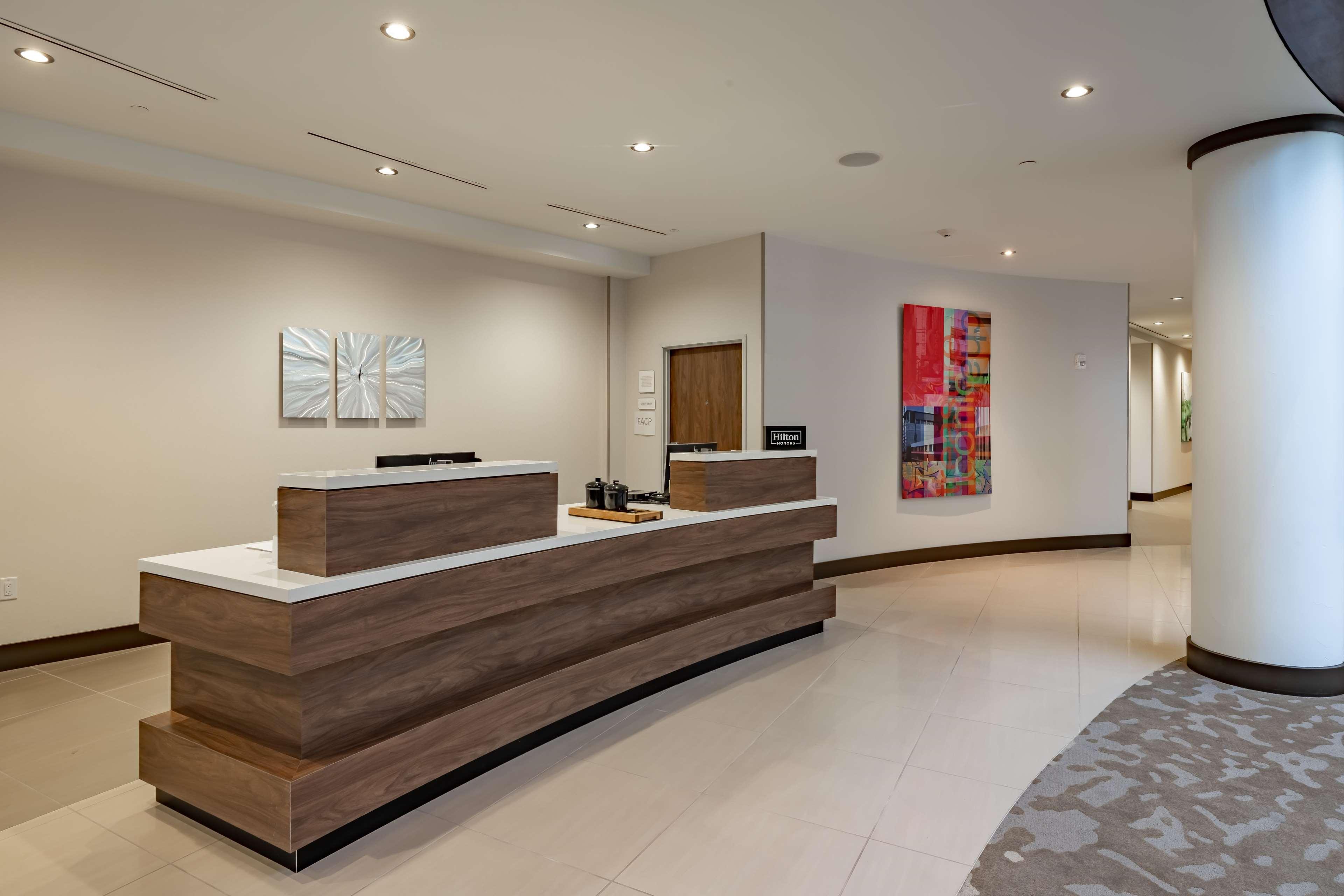 Hilton Garden Inn Dallas at Hurst Conference Center image 12