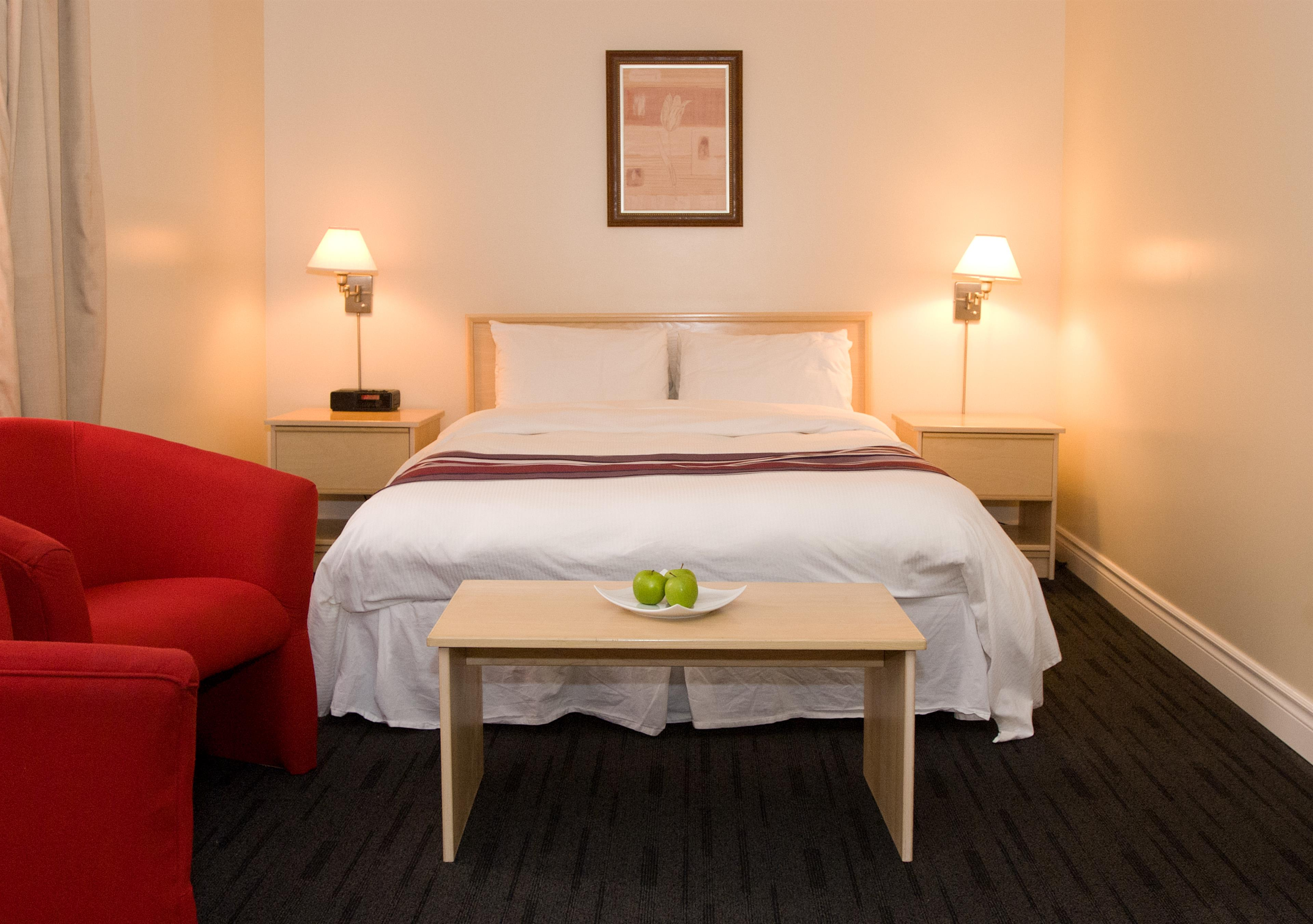 Best Western Plus Hotel Albert Rouyn-Noranda à Rouyn-Noranda: Guest Room