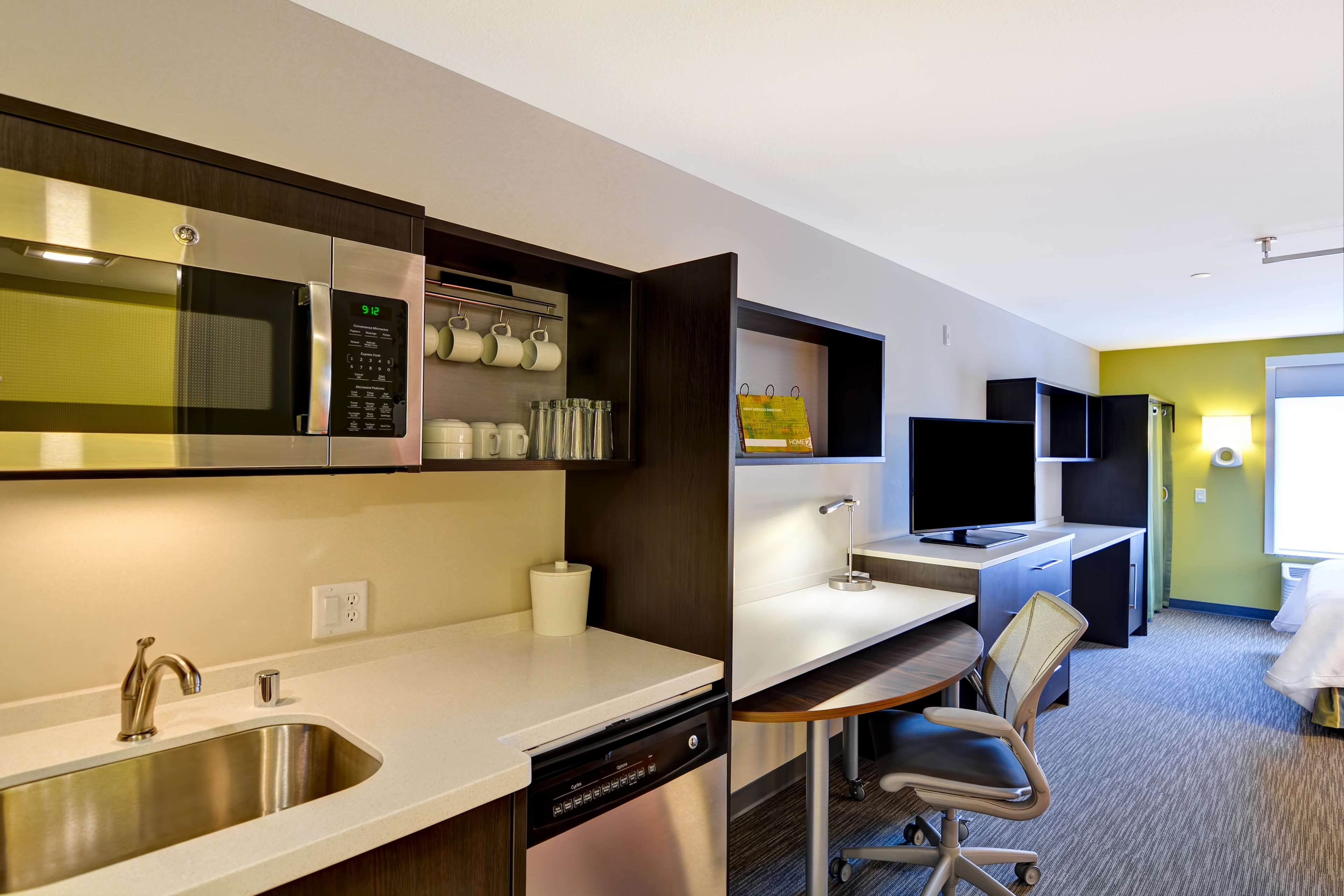 Home2 Suites by Hilton Green Bay image 15