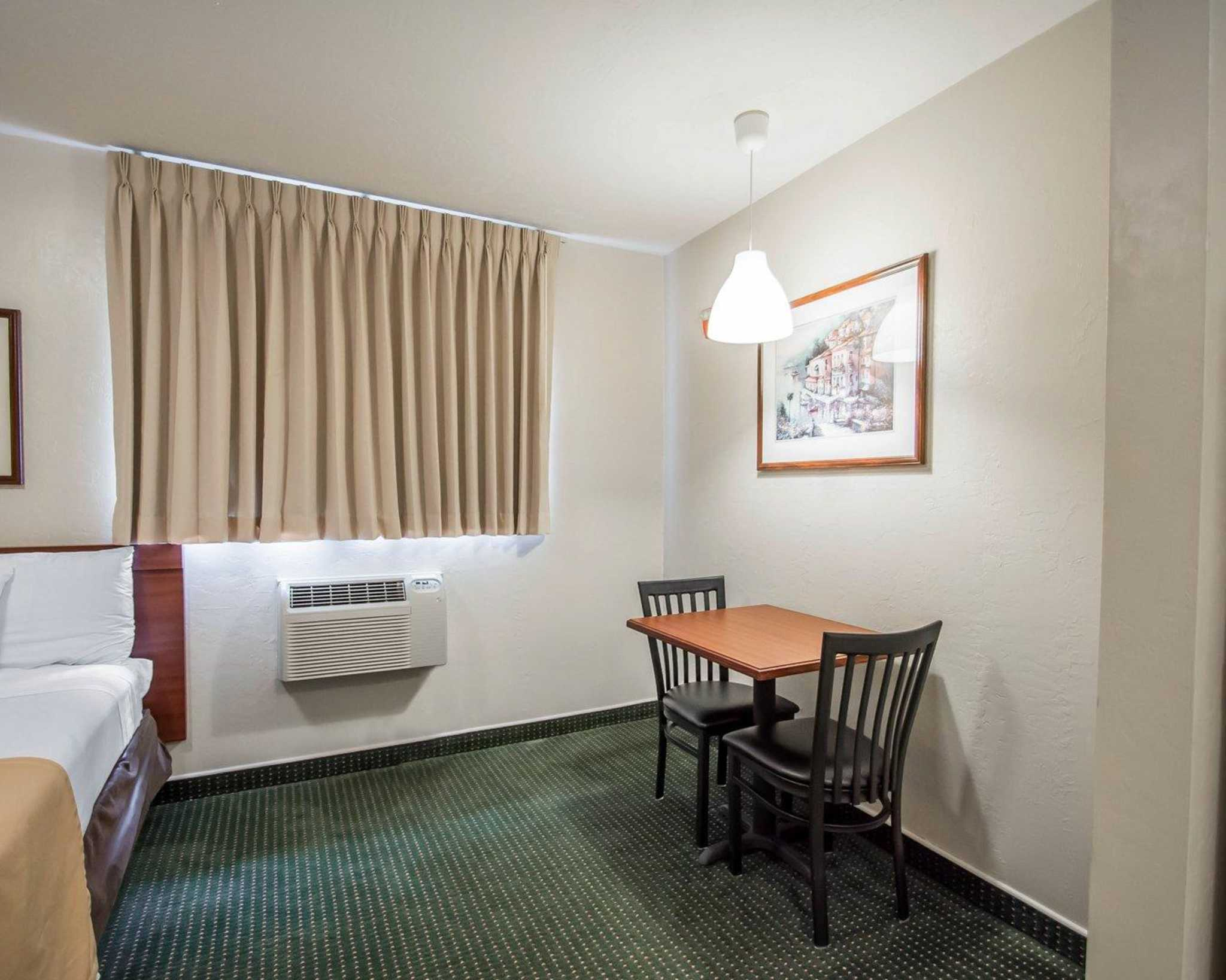 Suburban Extended Stay Hotel image 6