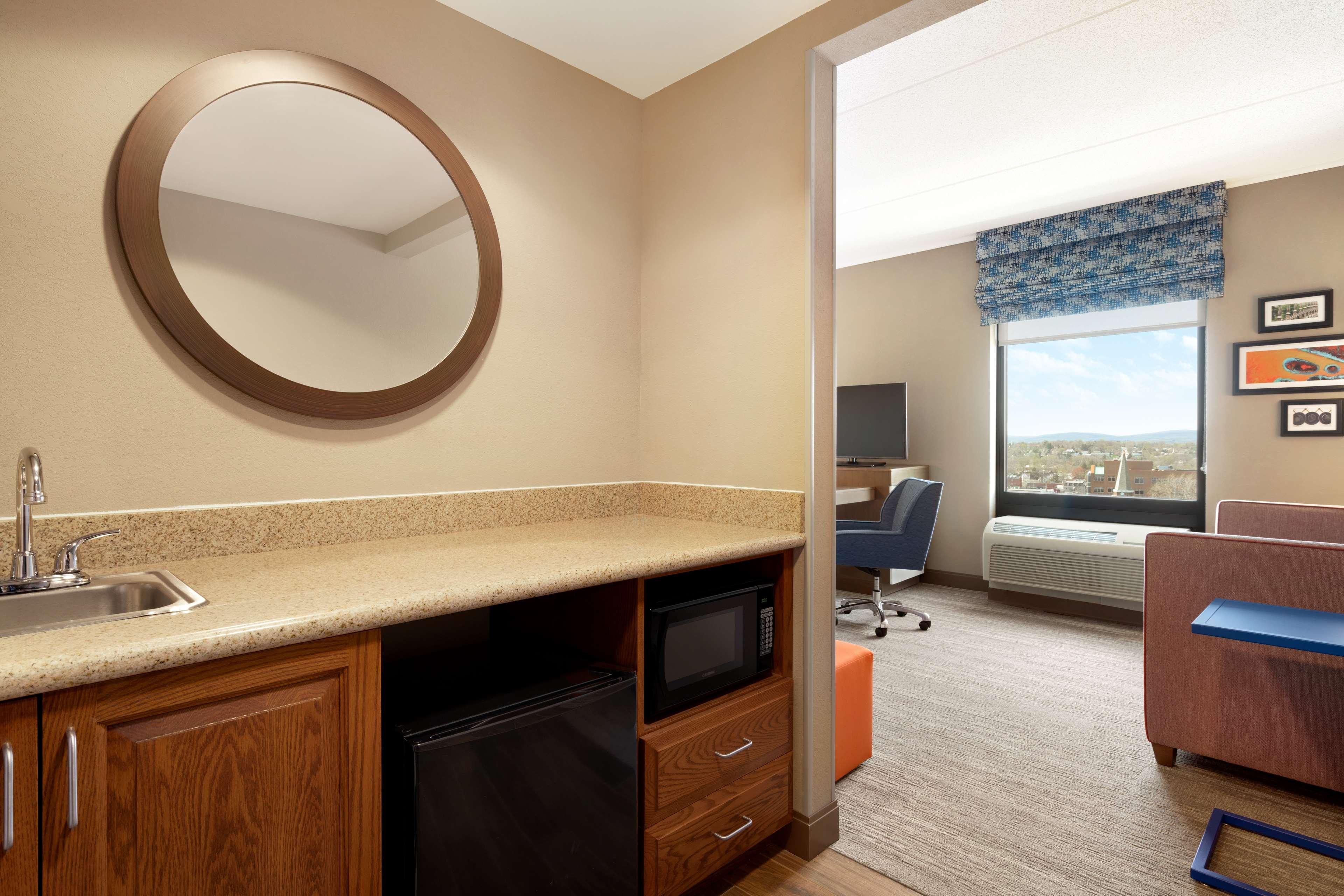 Hampton Inn & Suites Ephrata - Mountain Springs image 12