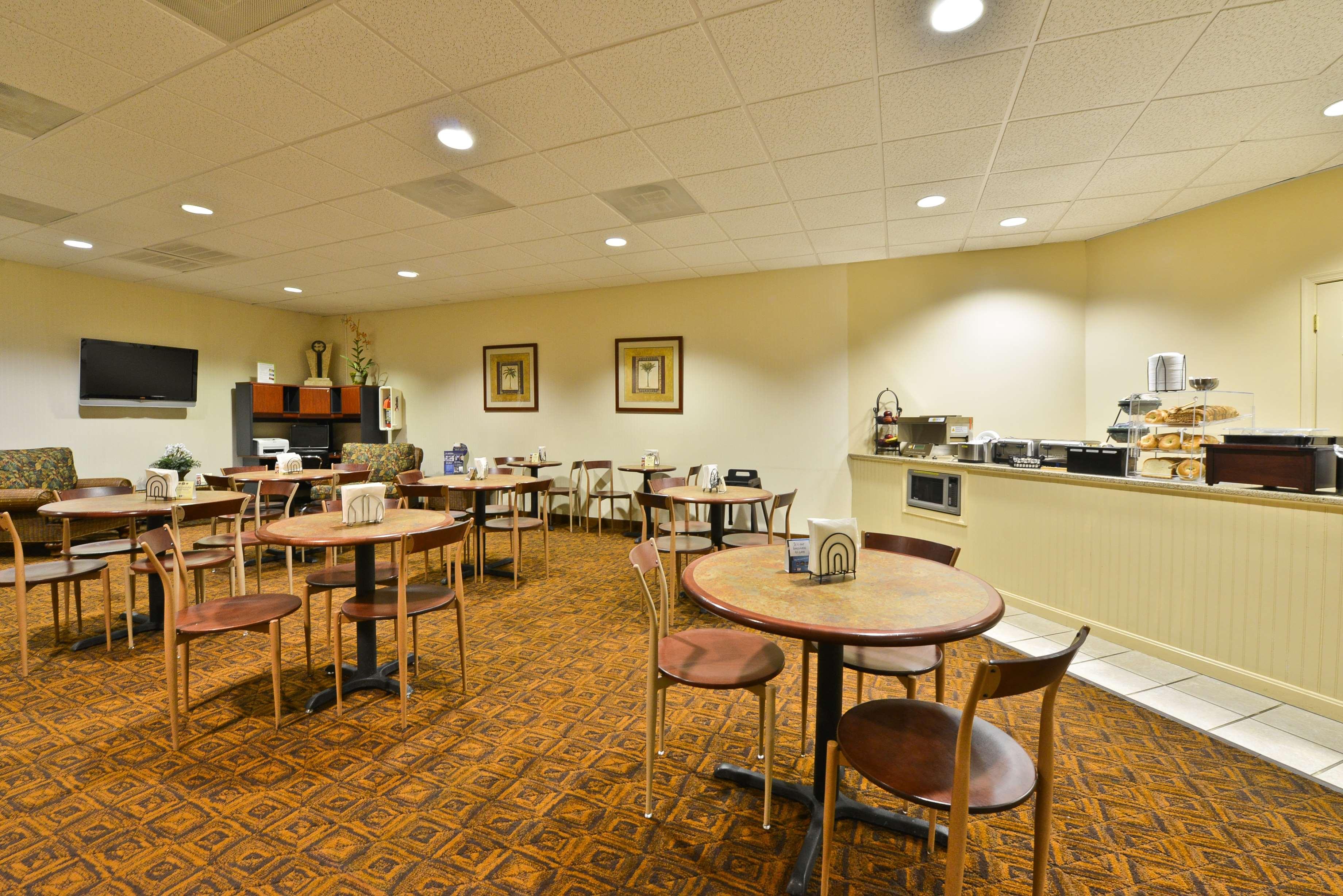 Best Western Ocean City Hotel & Suites image 33