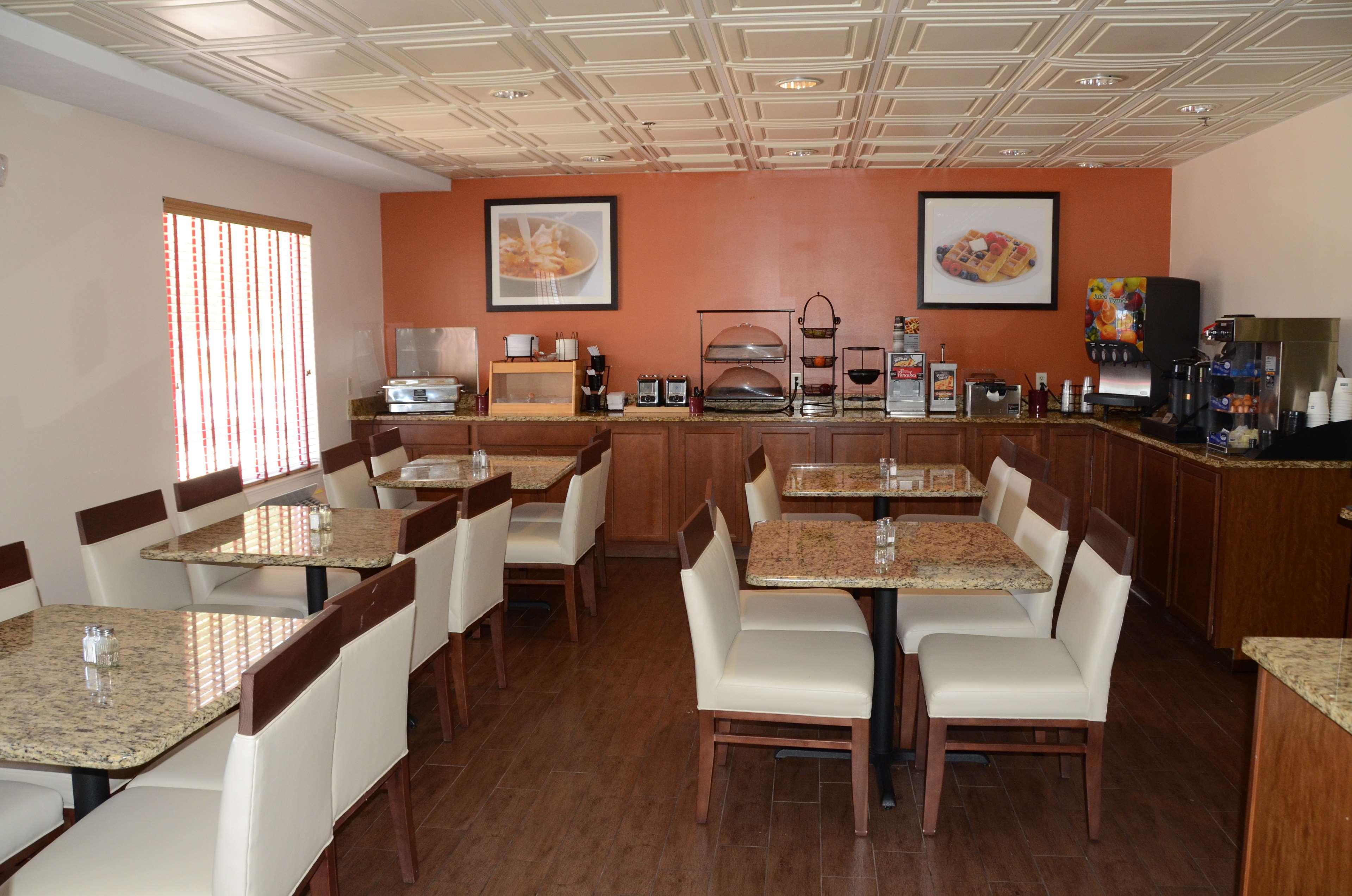 Best Western Joliet Inn & Suites image 5
