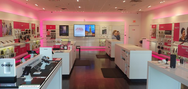 Interior photo of T-Mobile Store at Peachtree Blvd & Johnson Ferry Rd, Chamblee, GA