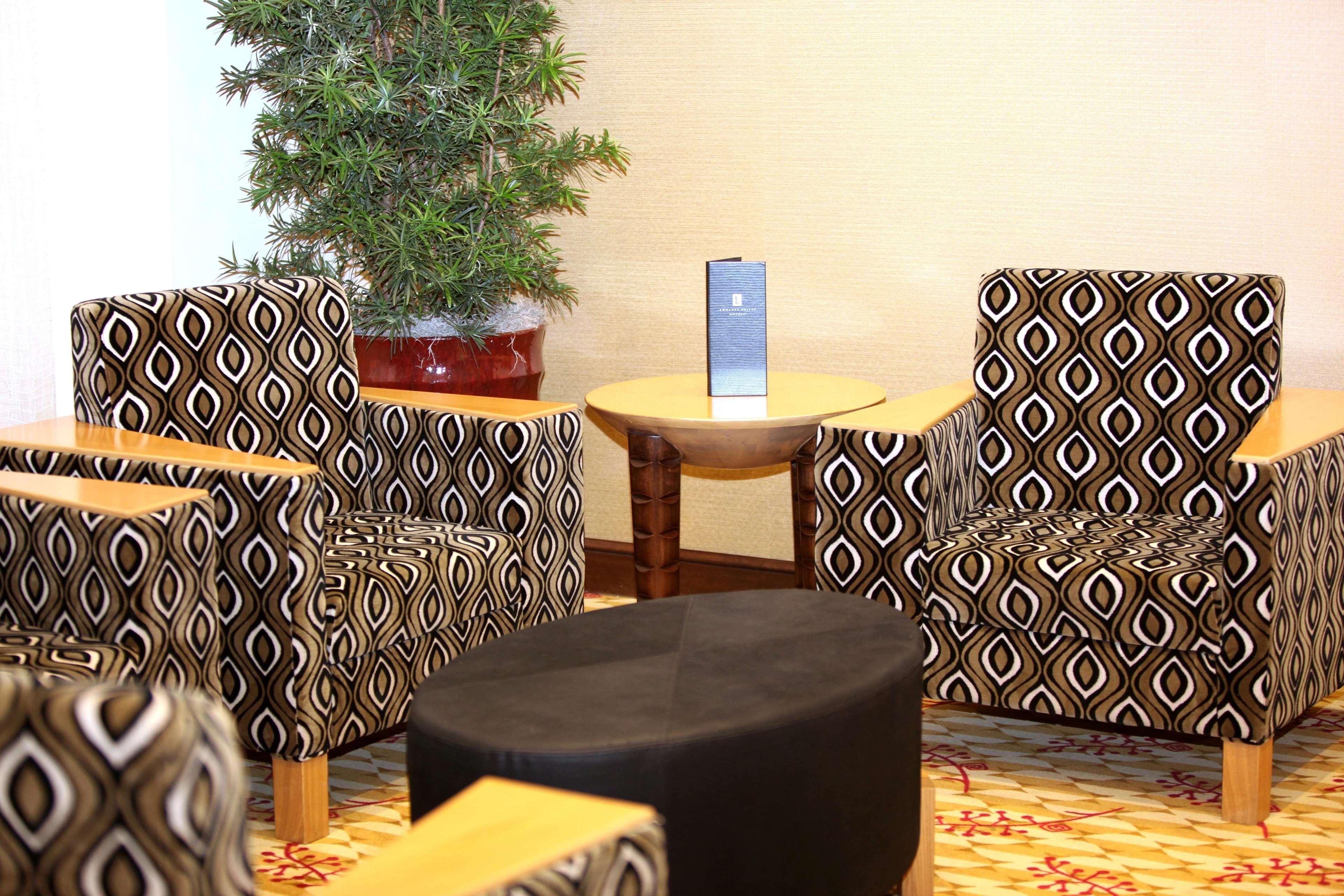 Embassy Suites by Hilton Birmingham Hoover image 5