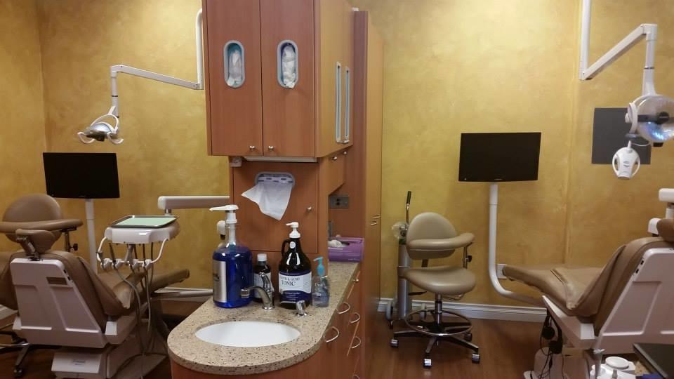 Dentistry at the Promenade - ad image