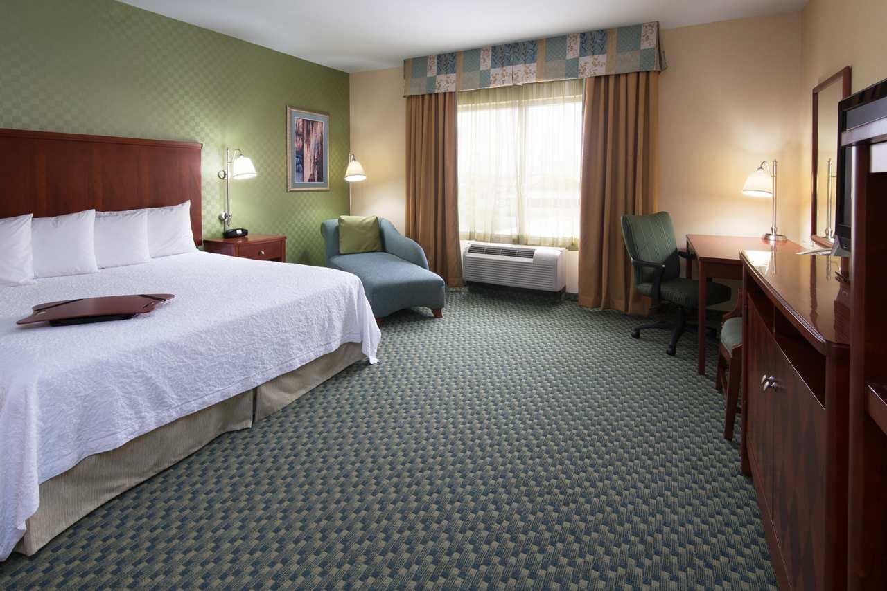 Hampton Inn & Suites El Paso West image 8