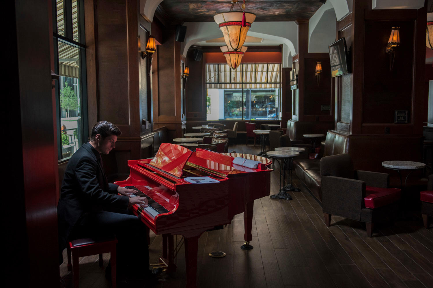 Red Piano Lounge image 0