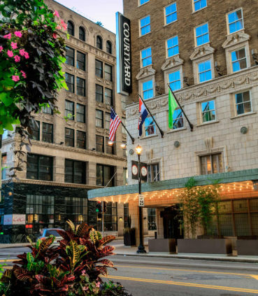 Courtyard by Marriott St. Louis Downtown/Convention Center image 2