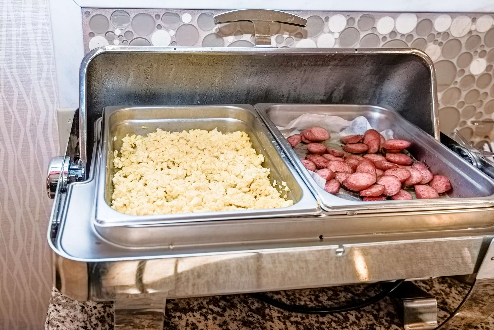 Breakfast Area Food