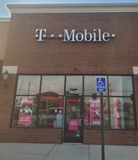 Exterior photo of T-Mobile Store at West Rd. & Allen, Woodhaven, MI