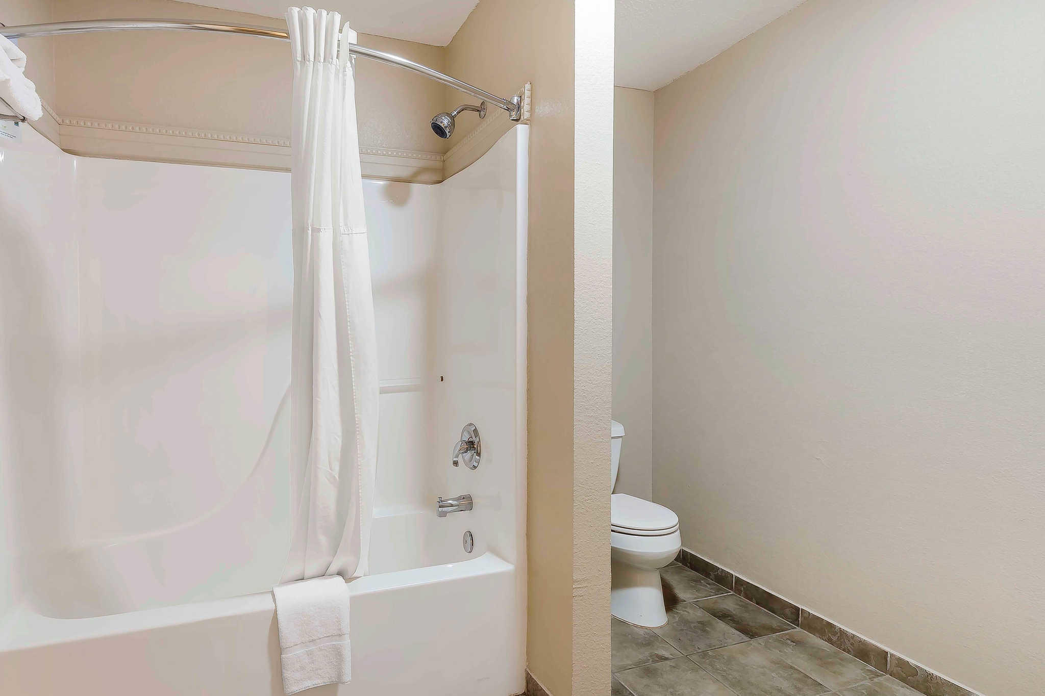 Quality Inn & Suites River Suites image 22