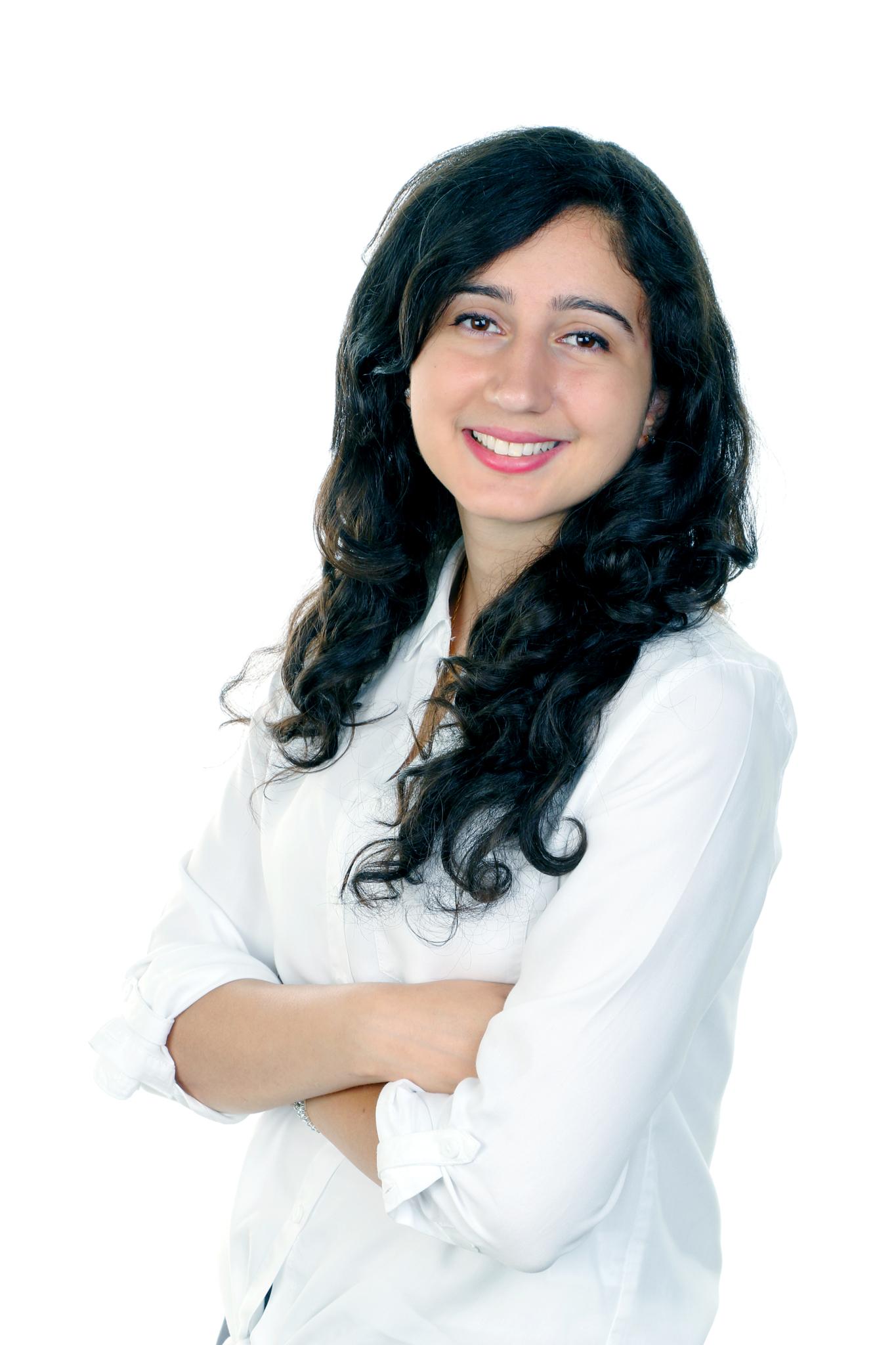 Clinique Dentaire Forget et Vaillancourt à Mascouche: Dr Dana Saade, dmd