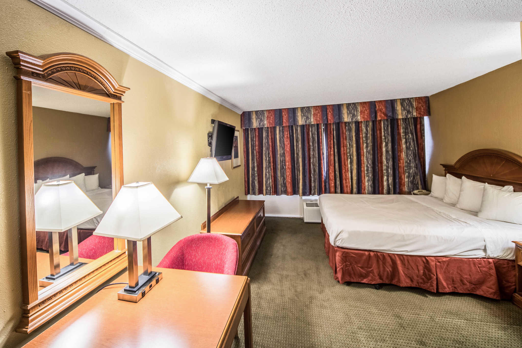 Suburban Extended Stay Hotel image 22