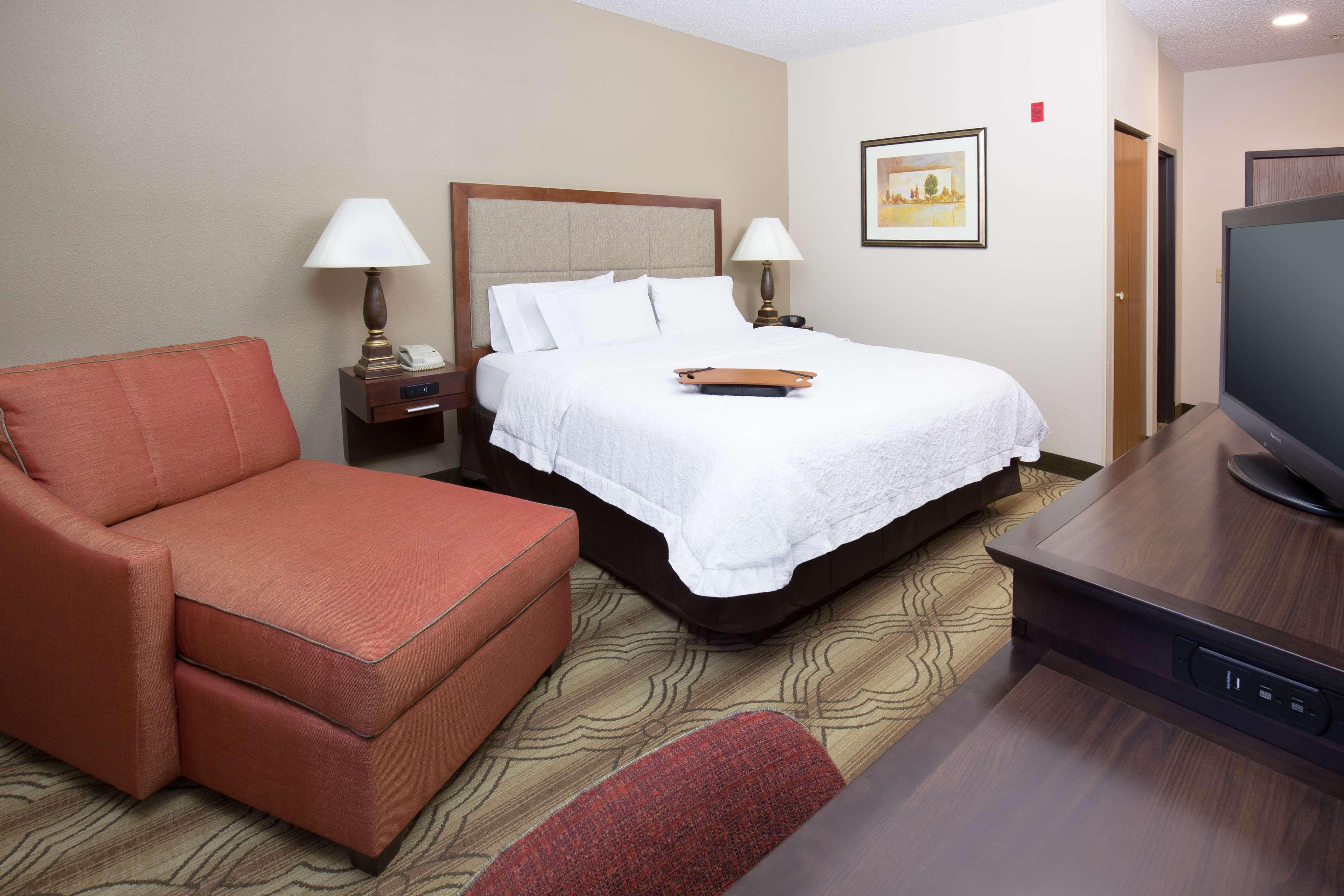 Hampton Inn & Suites Ft. Wayne-North image 25