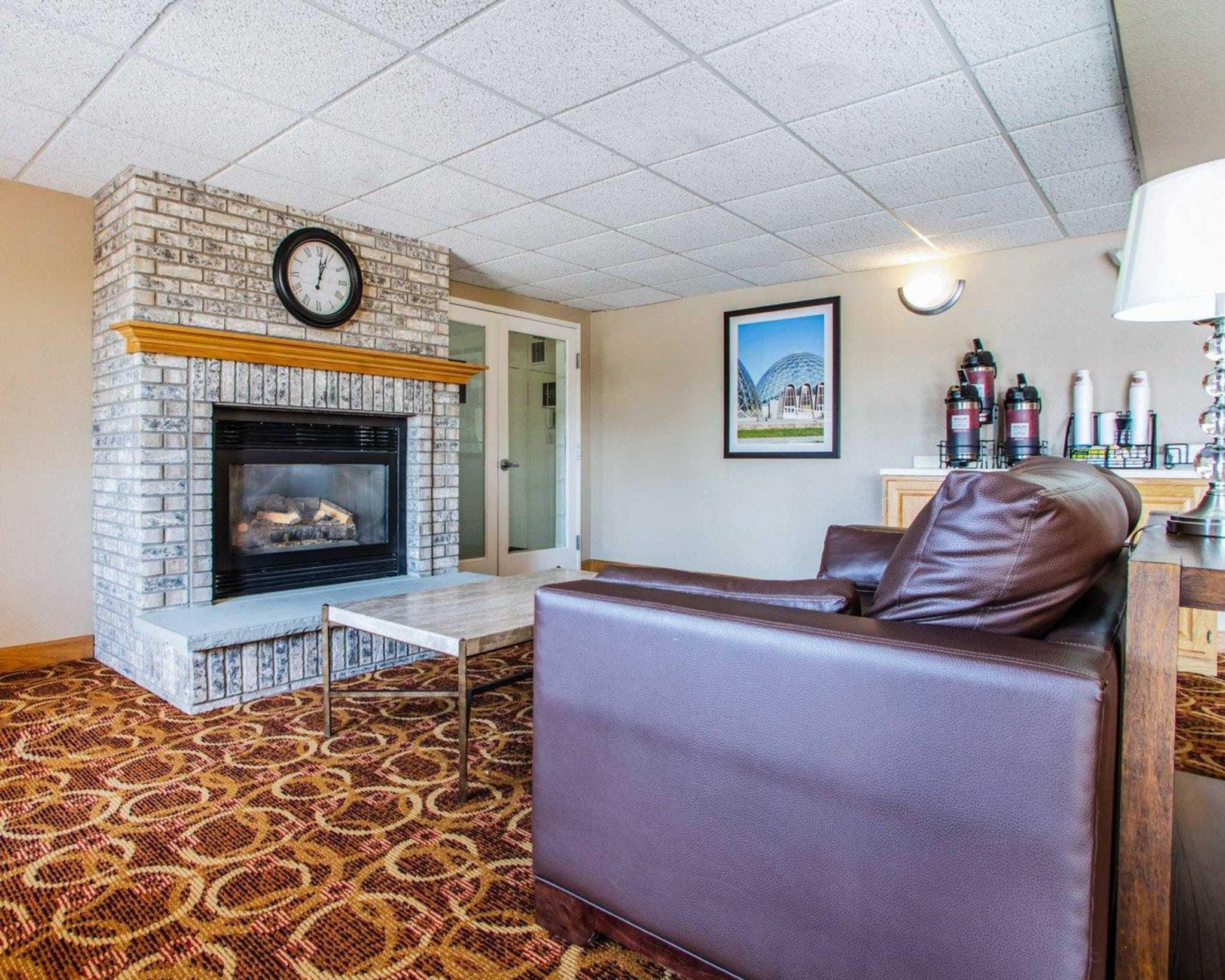 Comfort Inn & Suites Jackson - West Bend image 18