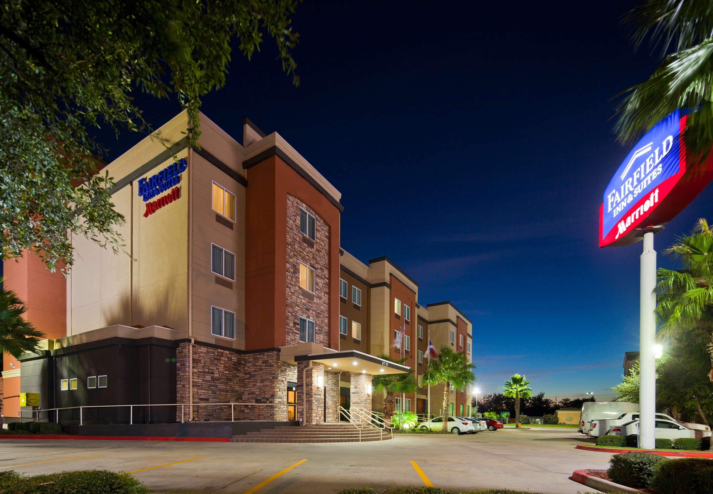 Fairfield Inn & Suites by Marriott Houston Hobby Airport image 10