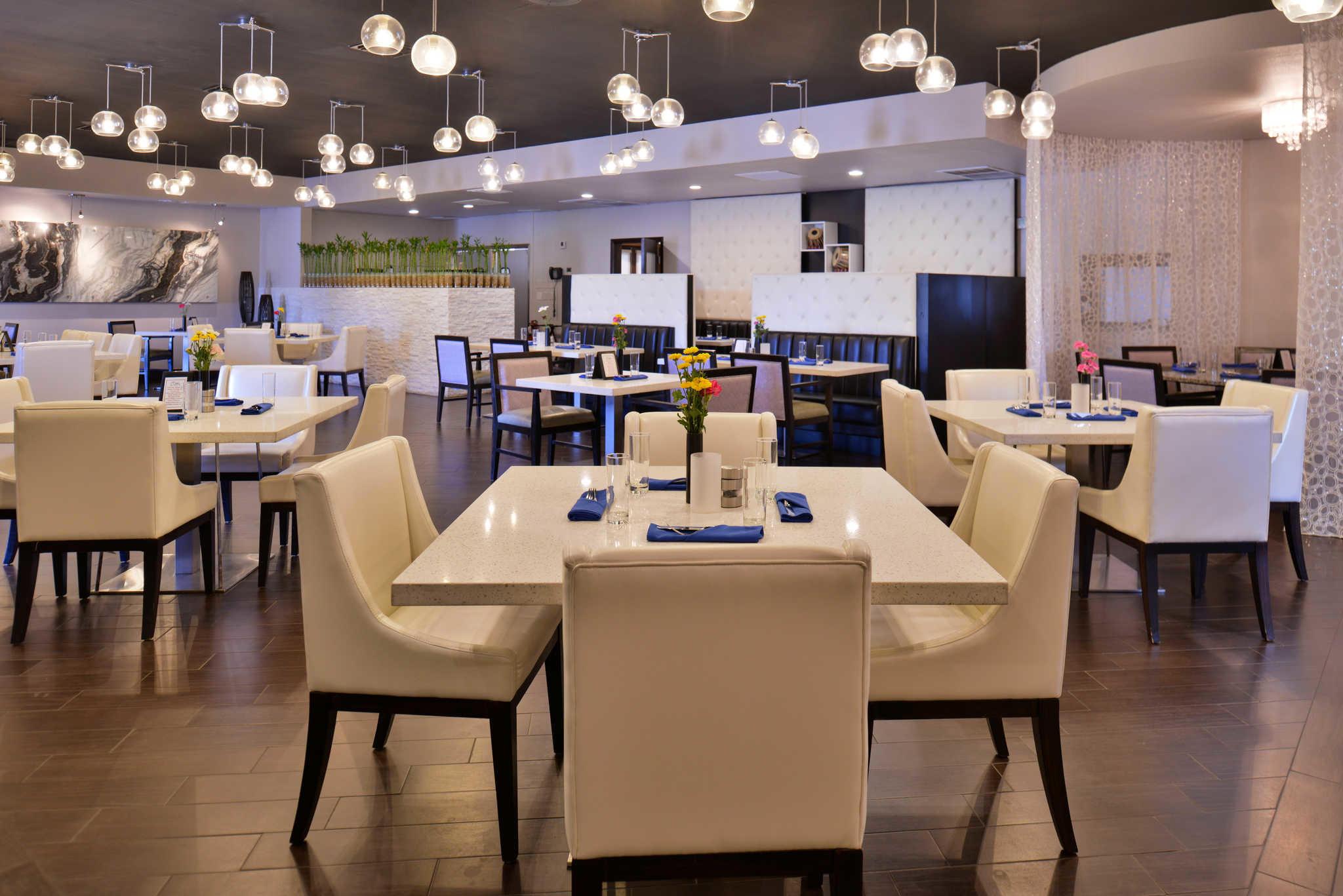 Clarion Inn & Suites Orlando near Theme Parks image 32