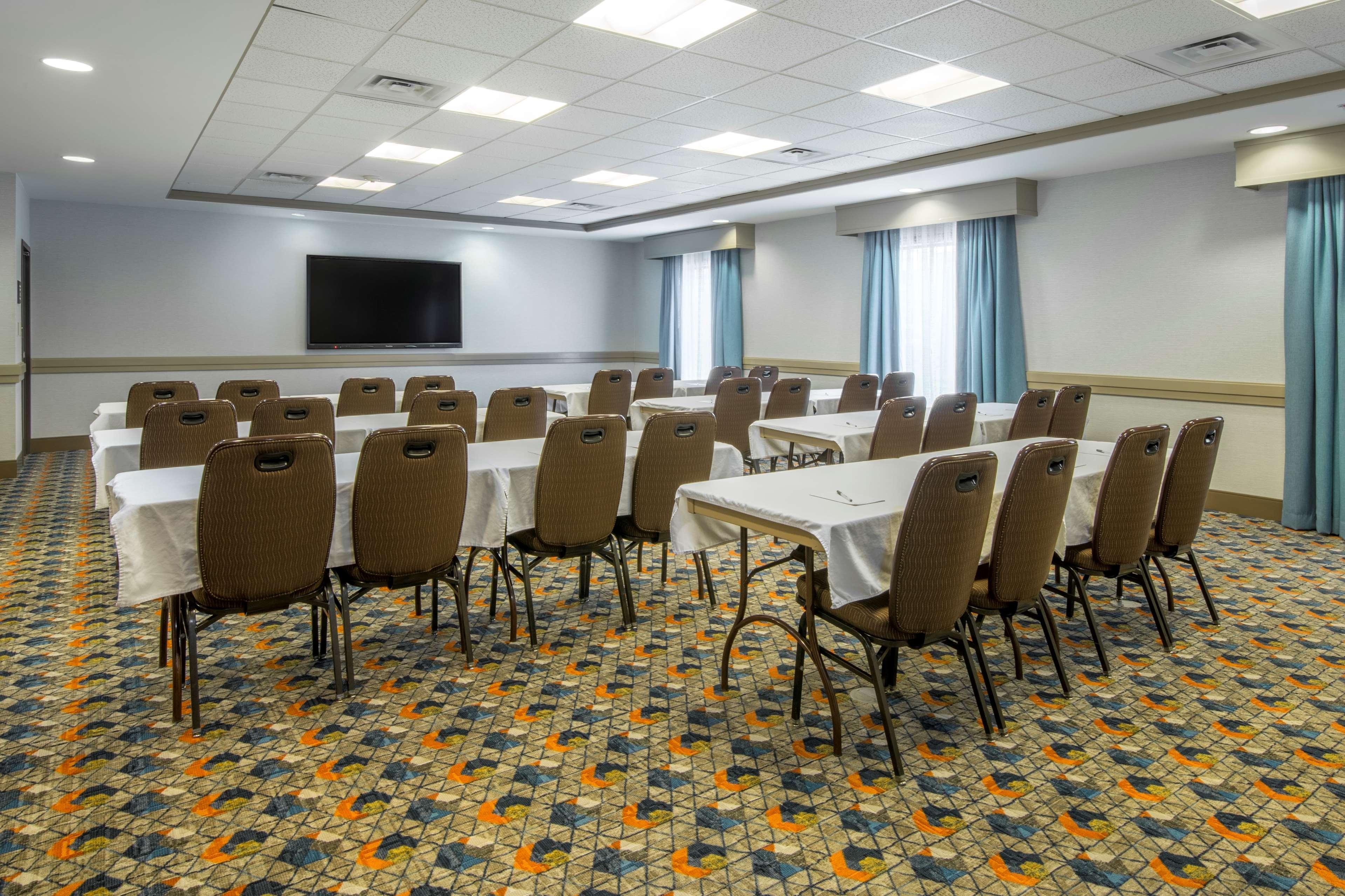 Hampton Inn & Suites Spokane Valley image 38